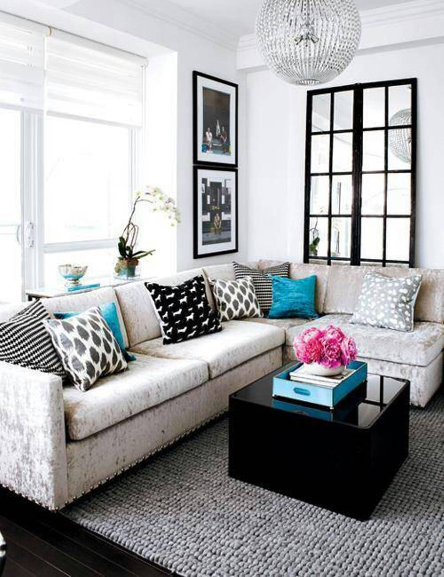 Best Ideas Sectional Sofa For Small Living Room Lighting pertaining to Decorating With A Sectional Sofa (Image 13 of 30)