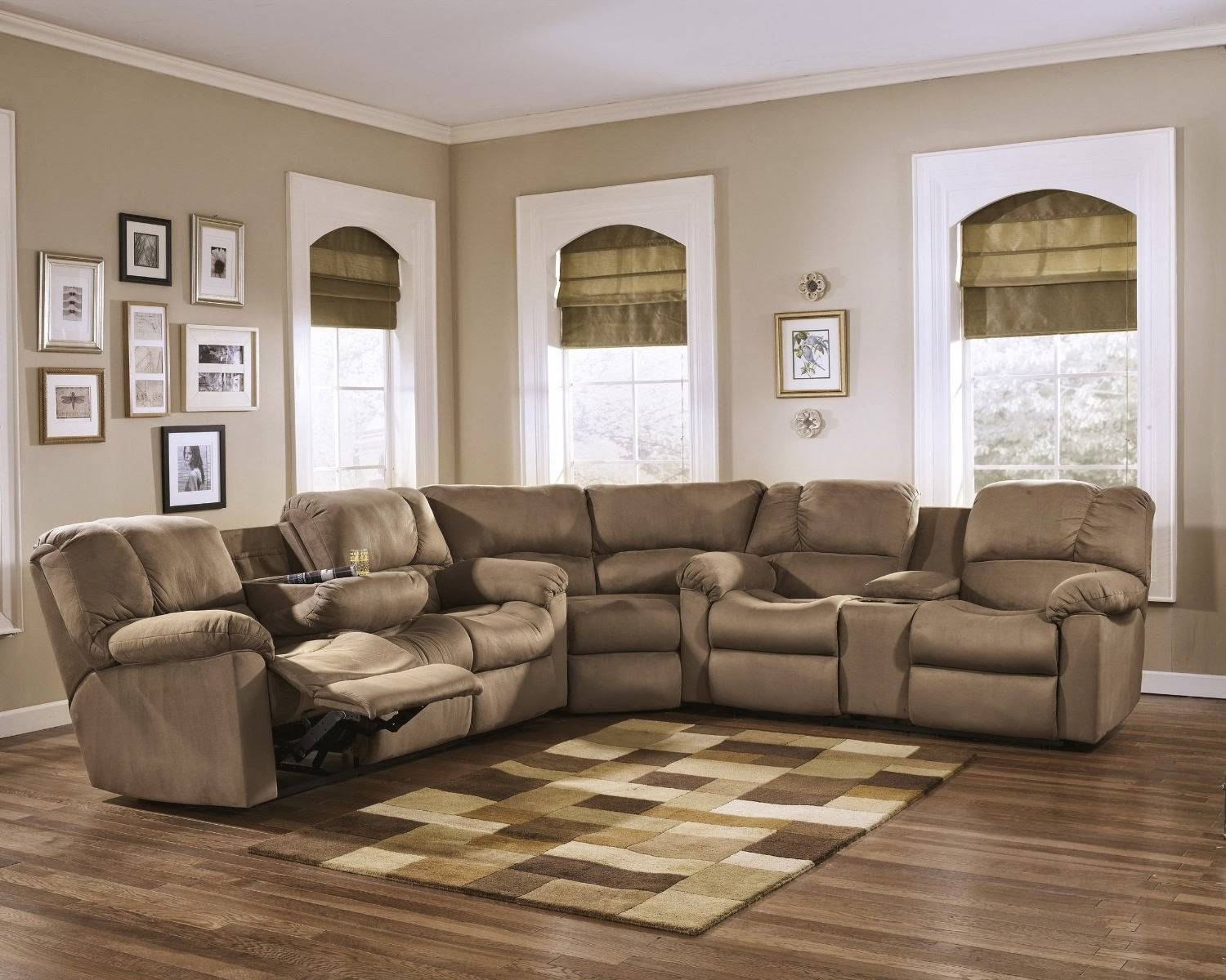 Best Leather Reclining Sofa Brands Reviews: Curved Leather inside Curved Recliner Sofa (Image 2 of 30)