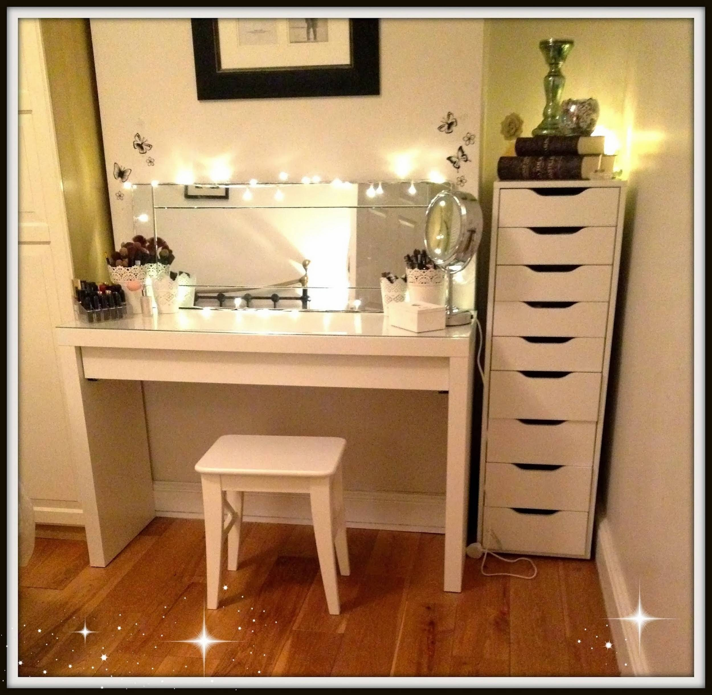 Black Dressing Table With Mirror And Lights | Creative Vanity with Black Dressing Mirrors (Image 9 of 25)