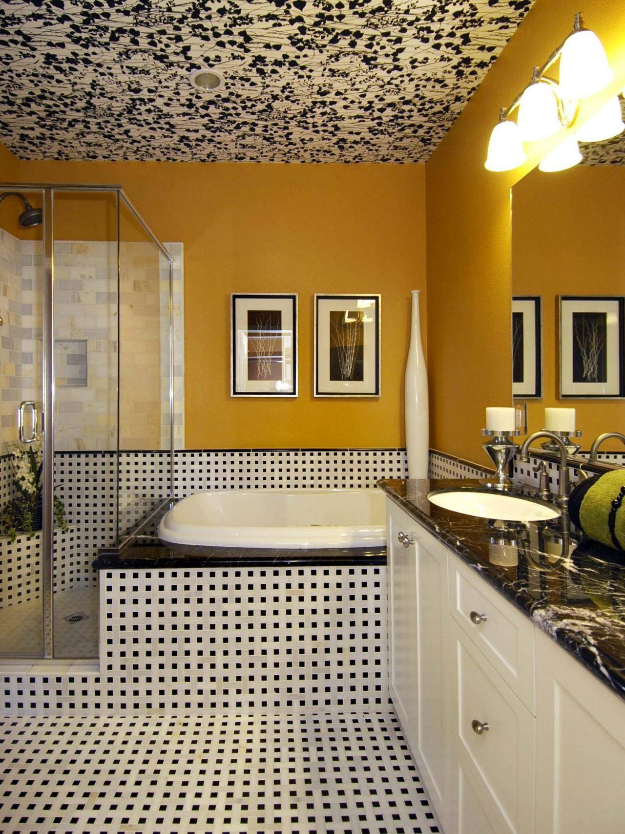 Ceiling Mirrors For Bedrooms: Pictures, Options, Tips & Ideas   Hgtv With Ceiling Mirrors (View 10 of 25)