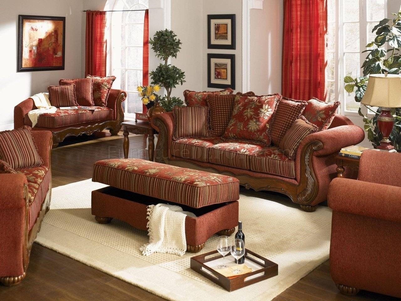 Chenille Fabric Traditional Living Room Savona U142 Red regarding Traditional Fabric Sofas (Image 4 of 30)