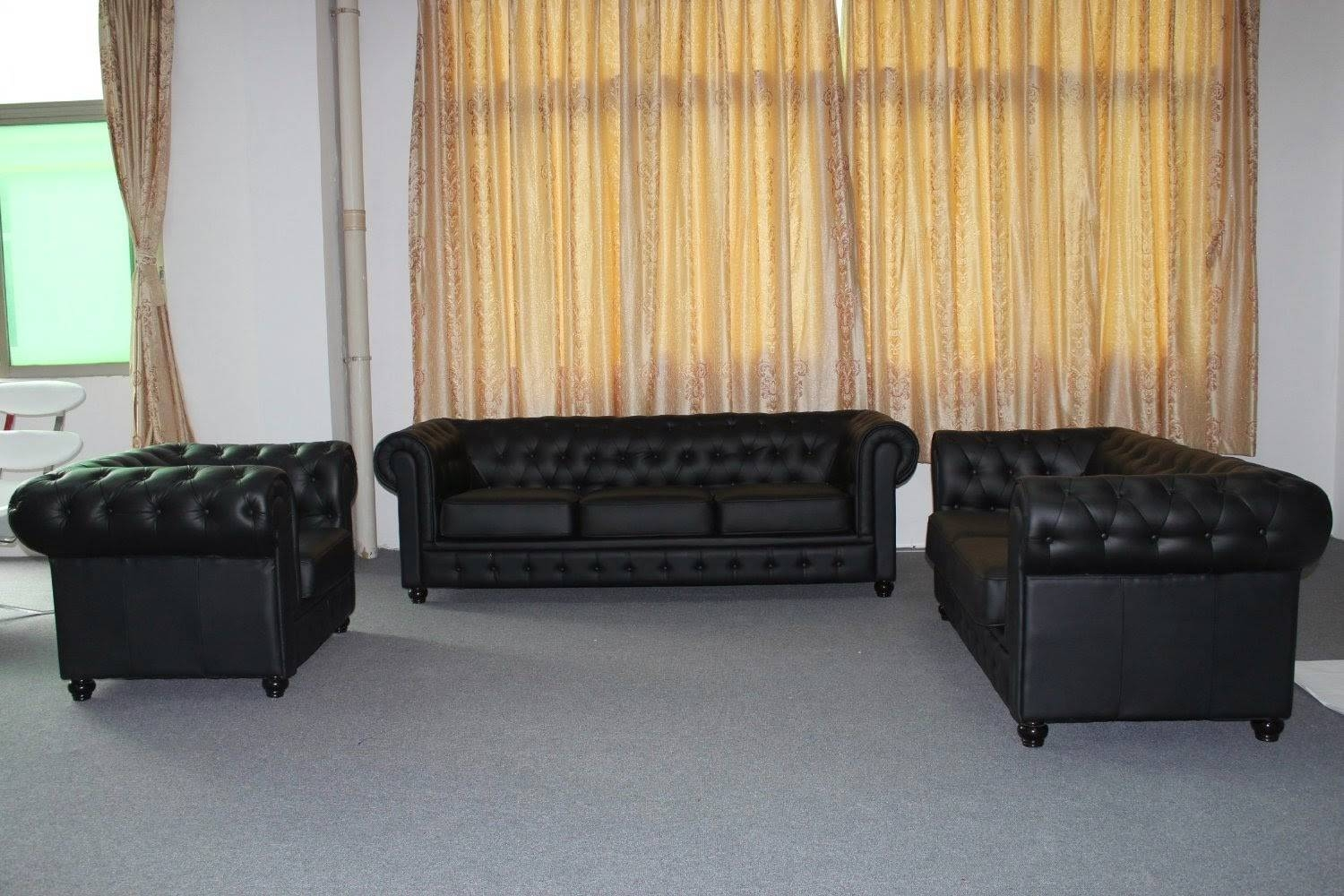 Chesterfield Sofa: Modern Chesterfield Sofa inside Chesterfield Black Sofas (Image 10 of 30)