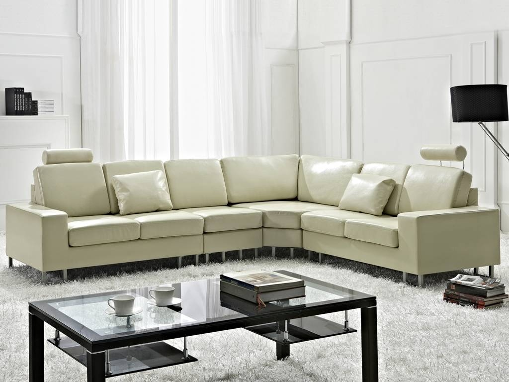 Coffee Table Ideas For Beige Sectional Sofa — Home Ideas Collection in Coffee Table For Sectional Sofa (Image 9 of 30)