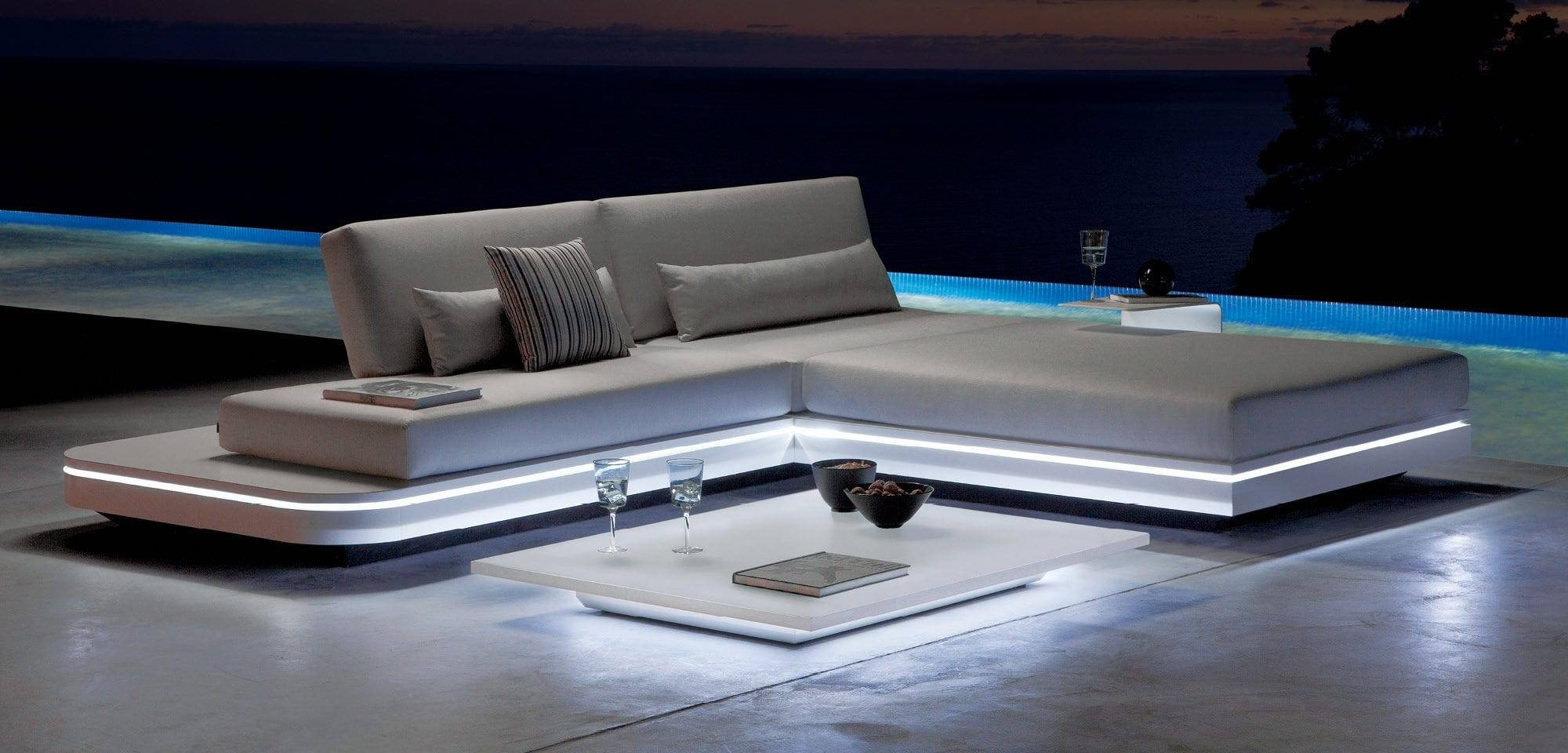 Contemporary Coffee Table / Glass / Aluminum / Hpl - Luna - Manutti throughout Luna Coffee Tables (Image 8 of 30)