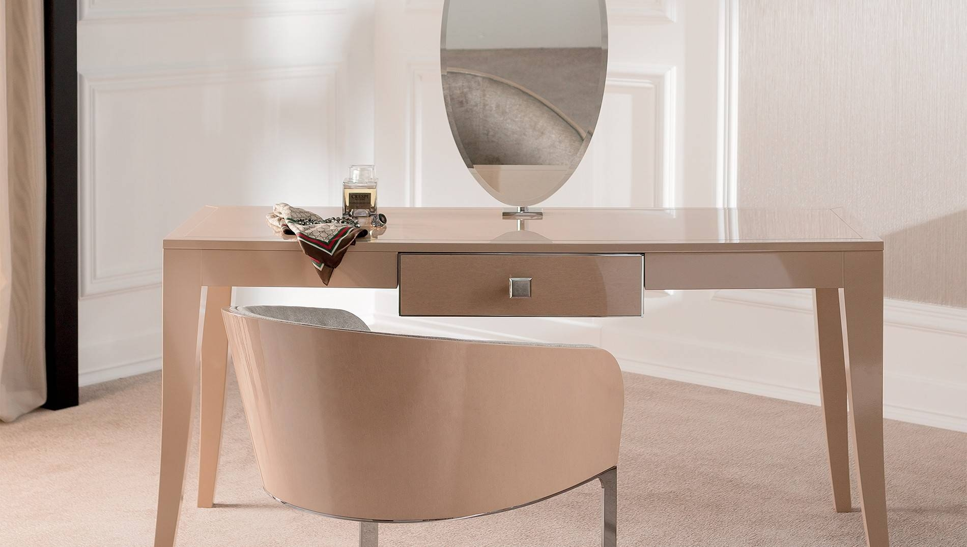 Featured Photo of Contemporary Dressing Table Mirrors