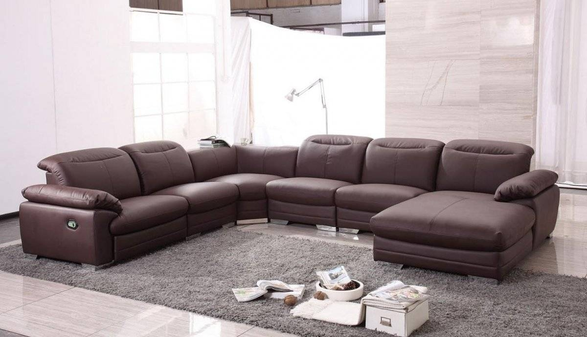 Contemporary Living Room With U Shaped Leather Modern Sectional within U Shaped Leather Sectional Sofa (Image 3 of 25)