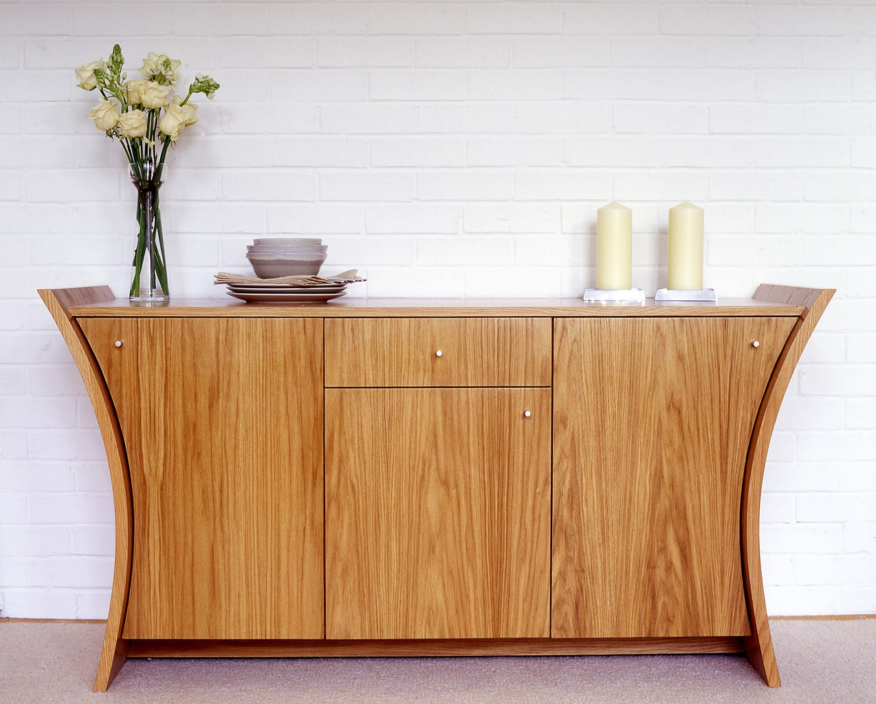 Contemporary Sideboard Cabinet — Optimizing Home Decor Ideas pertaining to Contemporary Sideboard Cabinets (Image 8 of 30)