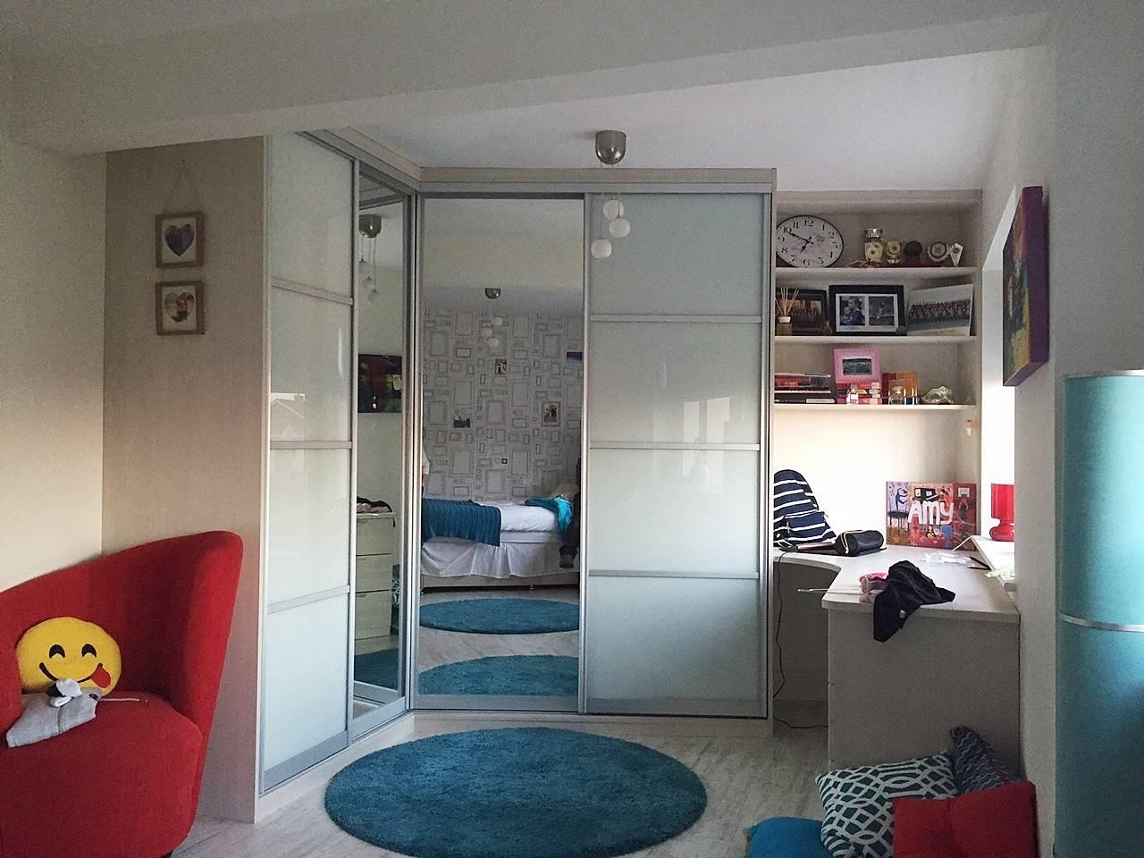 Corner Robe With Desk | Slideglide - Sliding Wardrobes And Storage inside Curved Wardrobe Doors (Image 9 of 30)