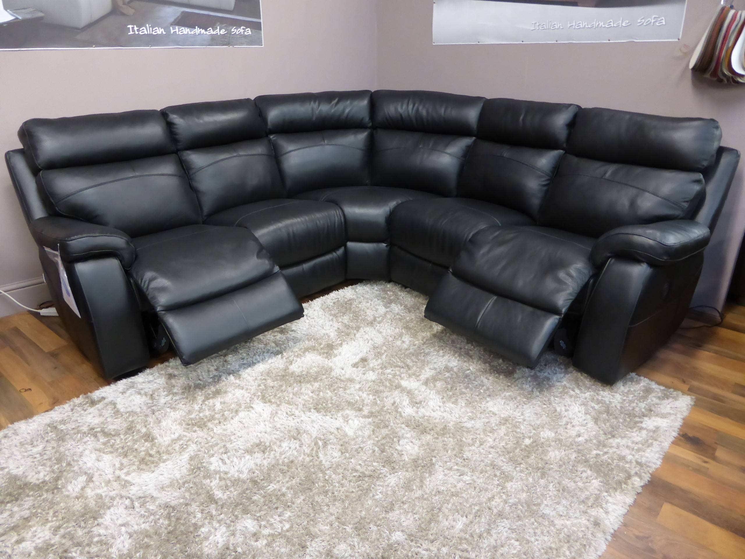 Corner Sofas With Recliners | Tehranmix Decoration regarding Large Black Leather Corner Sofas (Image 7 of 30)