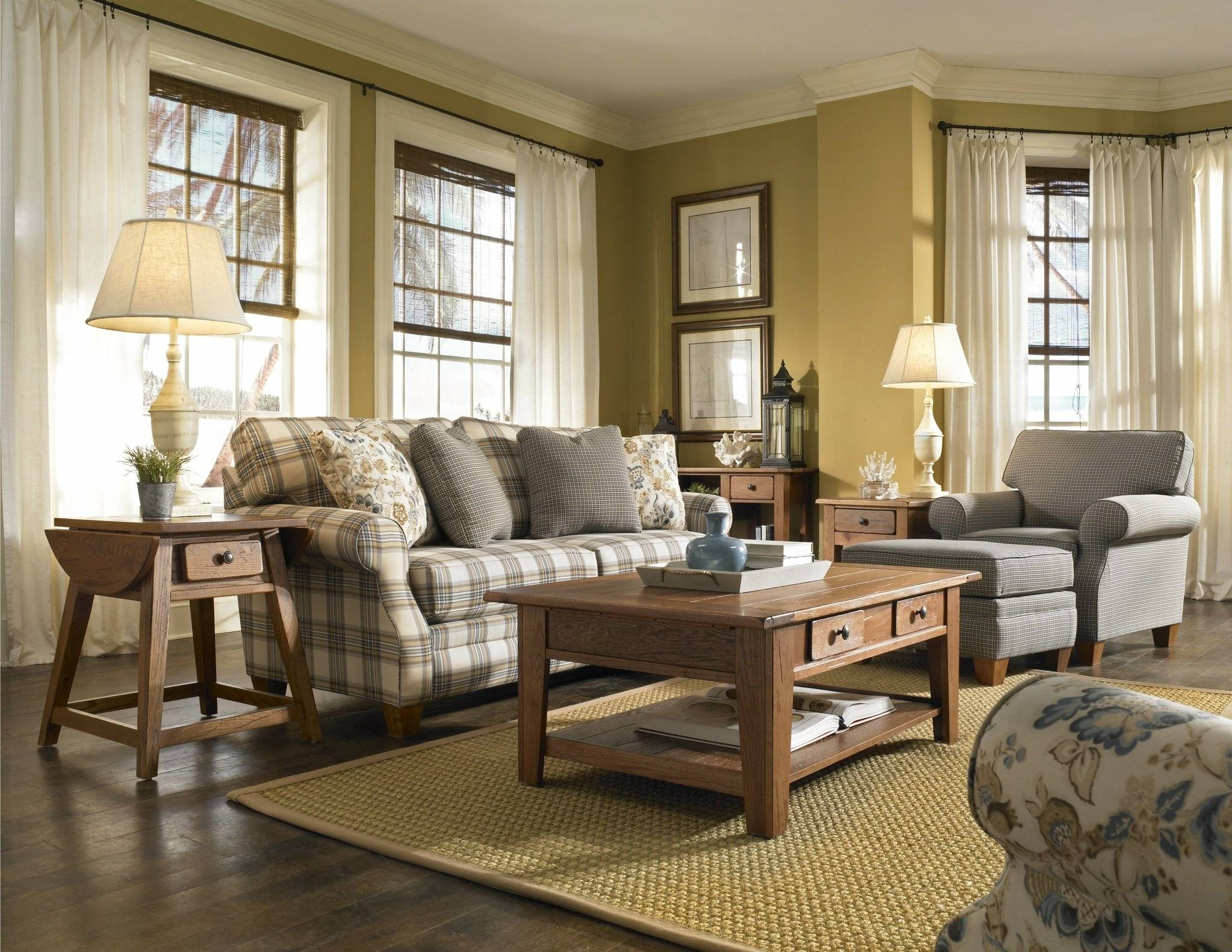 Country Sofas And Chairs | Tehranmix Decoration inside Country Style Sofas And Loveseats (Image 3 of 30)