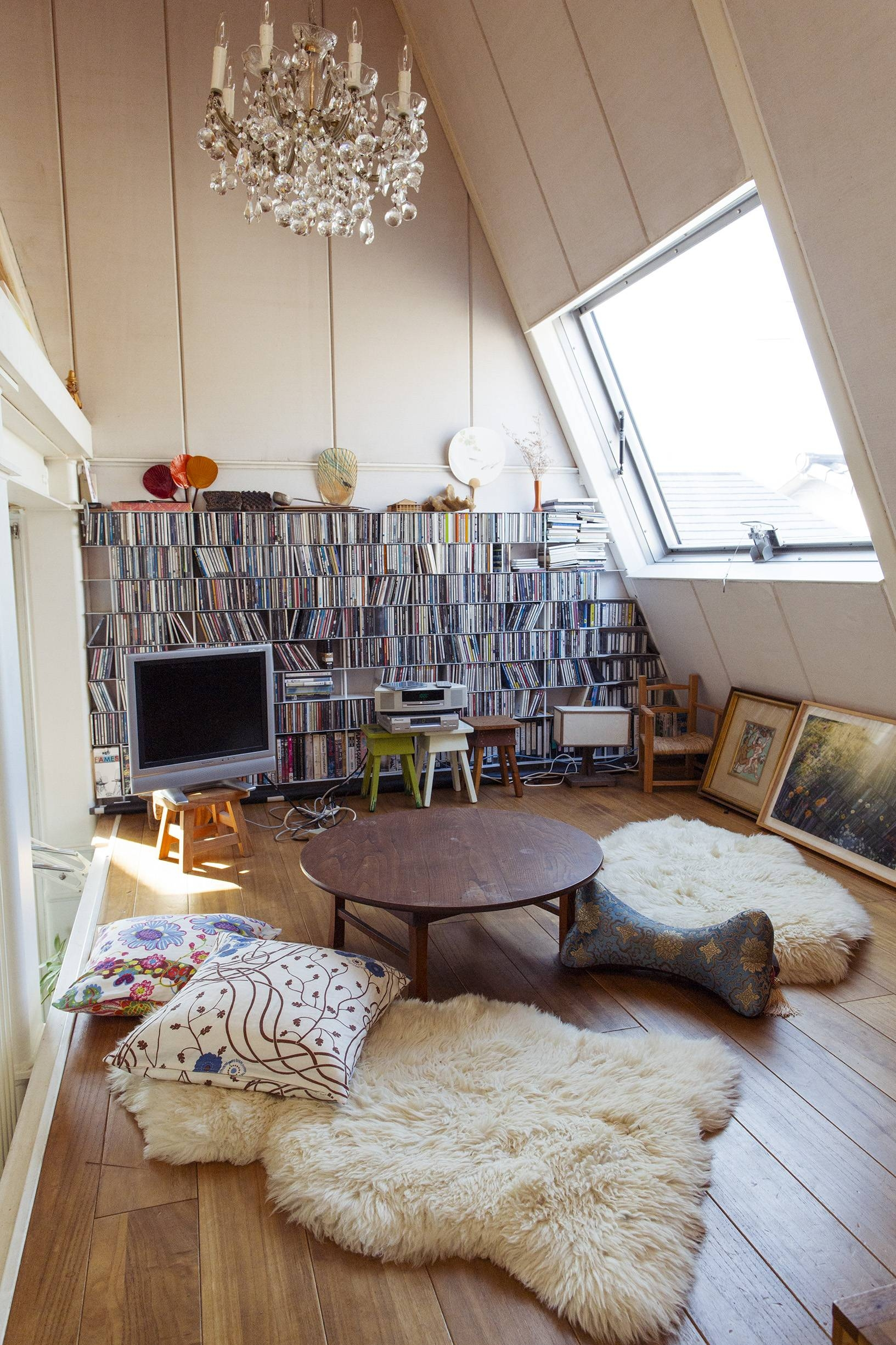 Charming Cozy Floor Seating Ideas That Are So Comfortable And Easy To Make With Floor  Seating Ideas