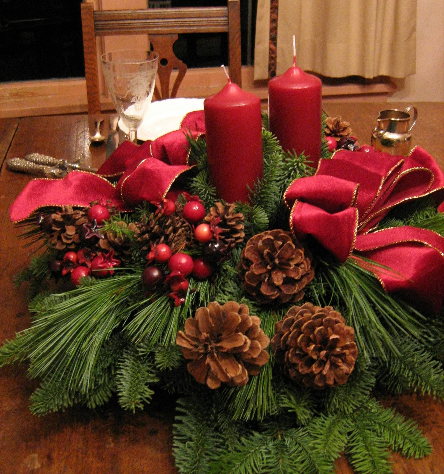 Decorating & Accessories: Outstanding Christmas Table Arrangements with regard to Rustic Christmas Coffee Table Decors (Image 16 of 30)