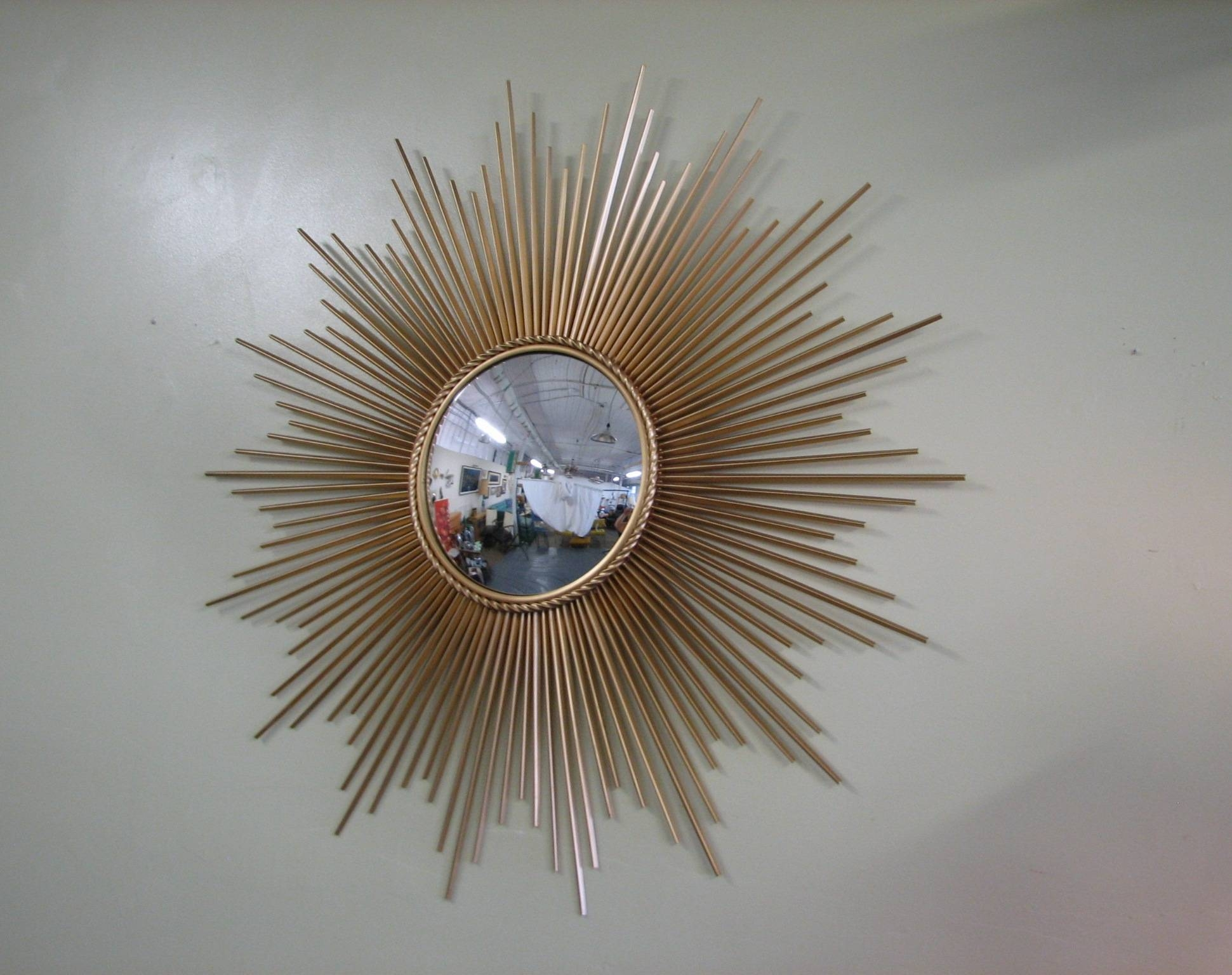 Decorating: Antique Gold Sunburst Mirror For Wall Accessories Ideas for Large Sunburst Mirrors (Image 2 of 25)