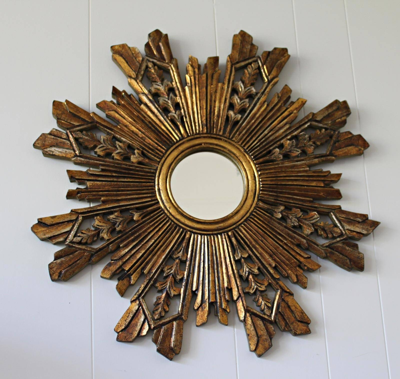 Decorating: Pretty Gold Sunburst Mirror For Wall Accessories Ideas throughout Bronze Starburst Mirrors (Image 7 of 25)