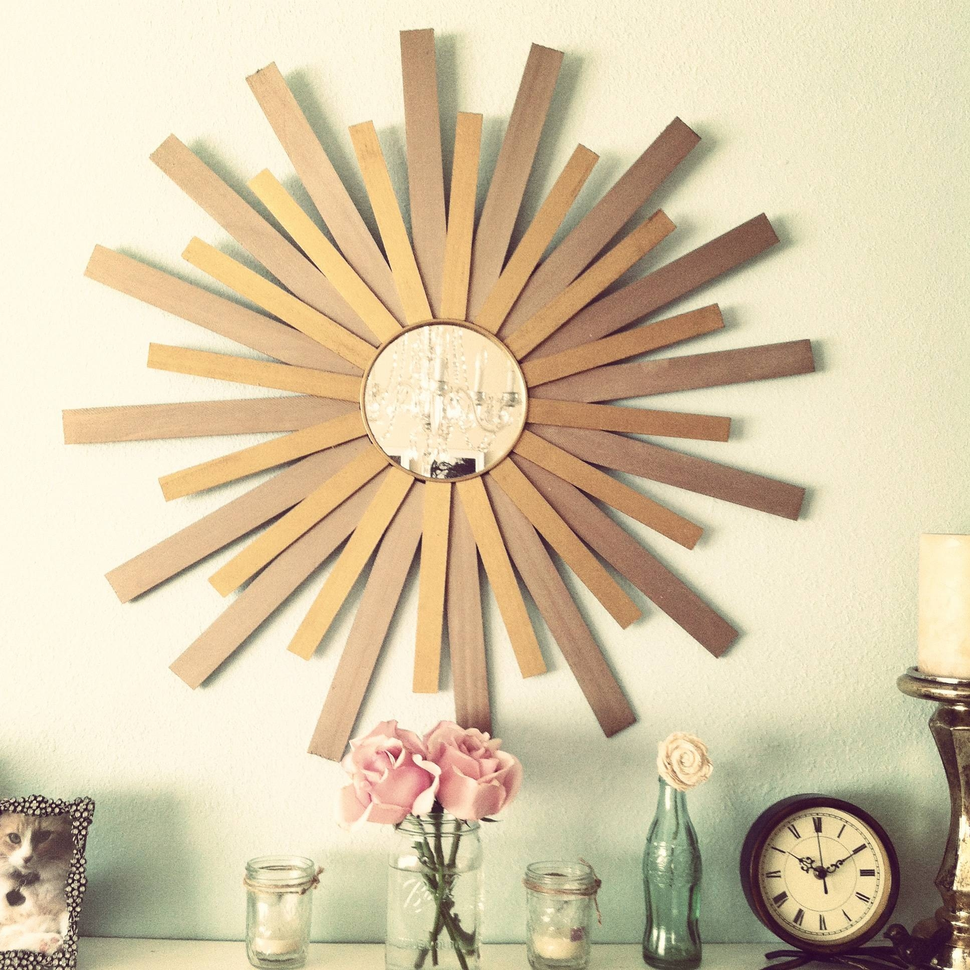 Decorating: Pretty Gold Sunburst Mirror For Wall Accessories Ideas with regard to Bronze Starburst Mirrors (Image 8 of 25)