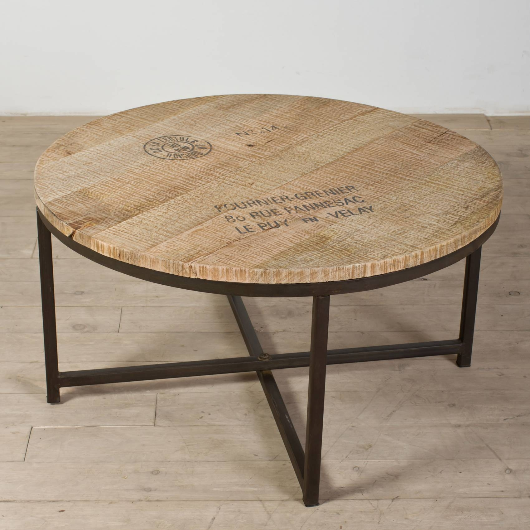 Diy Round Coffee Table with regard to Circle Coffee Tables (Image 14 of 30)