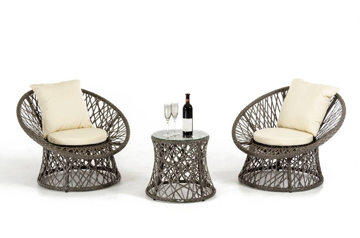Easy Tips To Take Care Of Modern Rattan Furniture - La Furniture Blog within Modern Rattan Sofas (Image 13 of 30)
