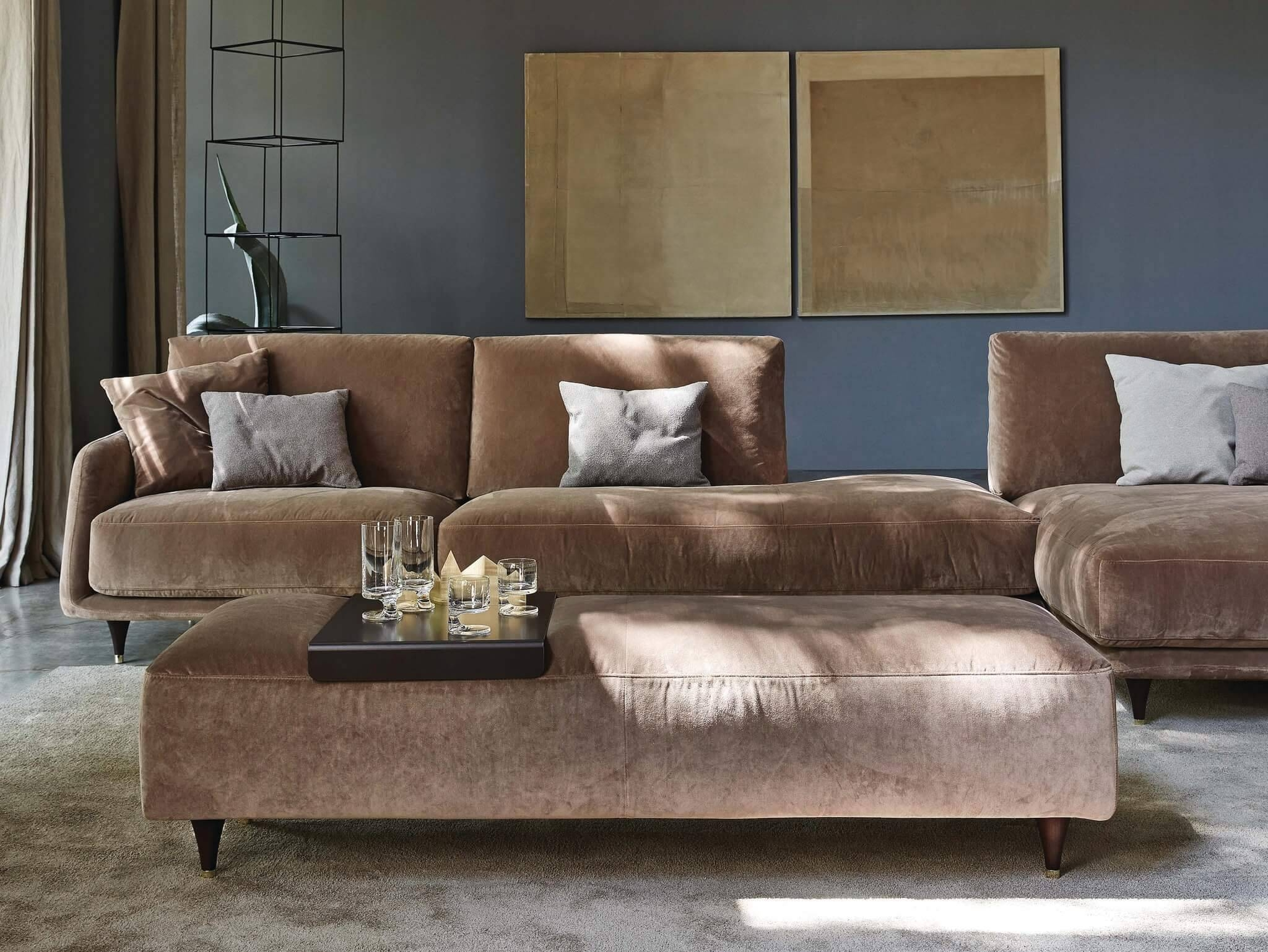Elliot Sofa Sectional And Loveseat | Archisesto Chicago in Elliott Sofa (Image 16 of 30)