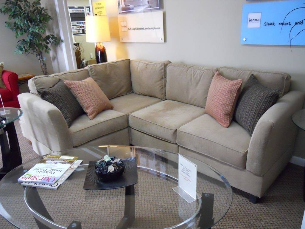 Emejing Small Apartment Sectional Gallery - Decorating Interior inside Sectional Sofas in Small Spaces (Image 7 of 25)