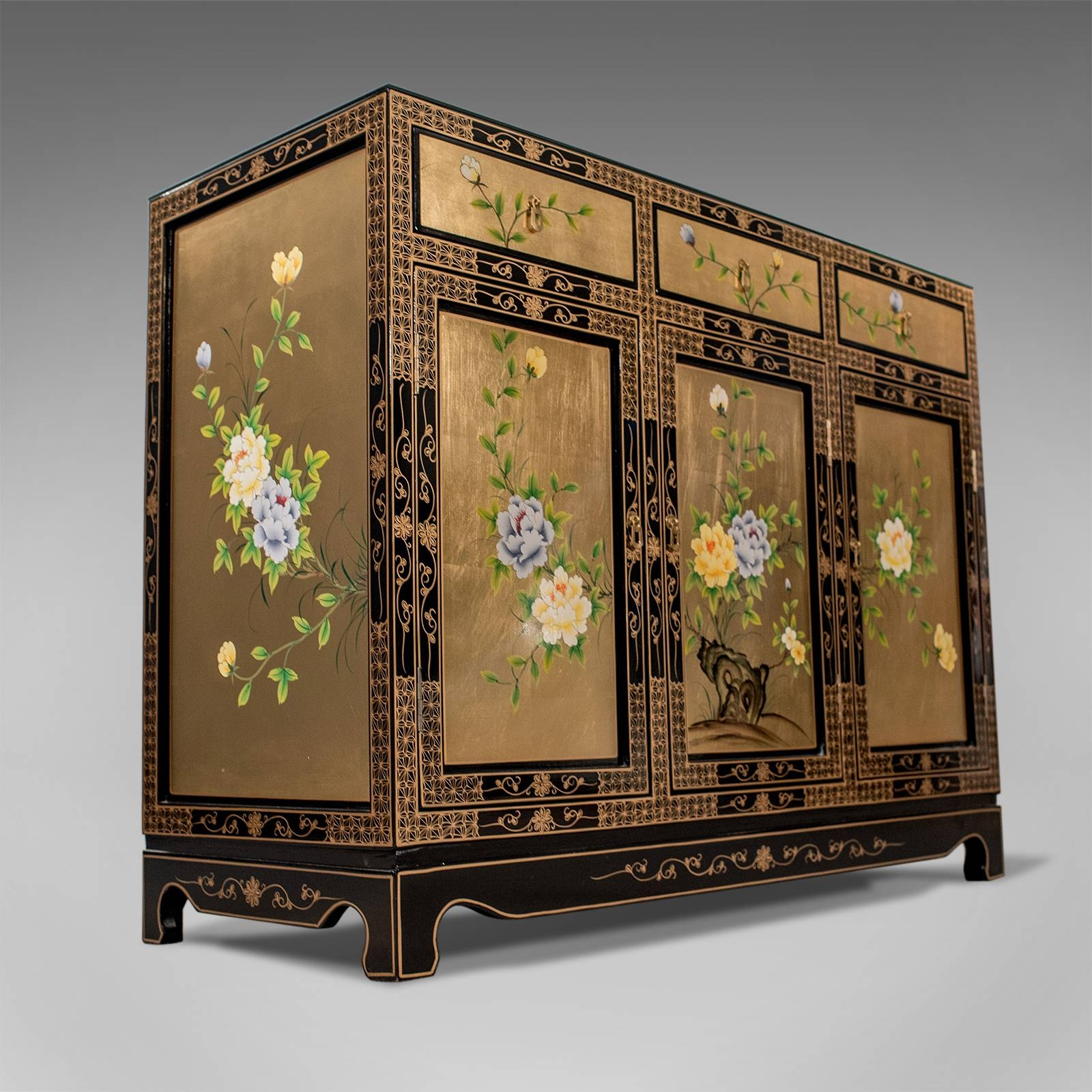 Fine Lacquered & Gilt Oriental Chinese Side Cabinet Cupboard in Chinese Sideboards (Image 15 of 30)