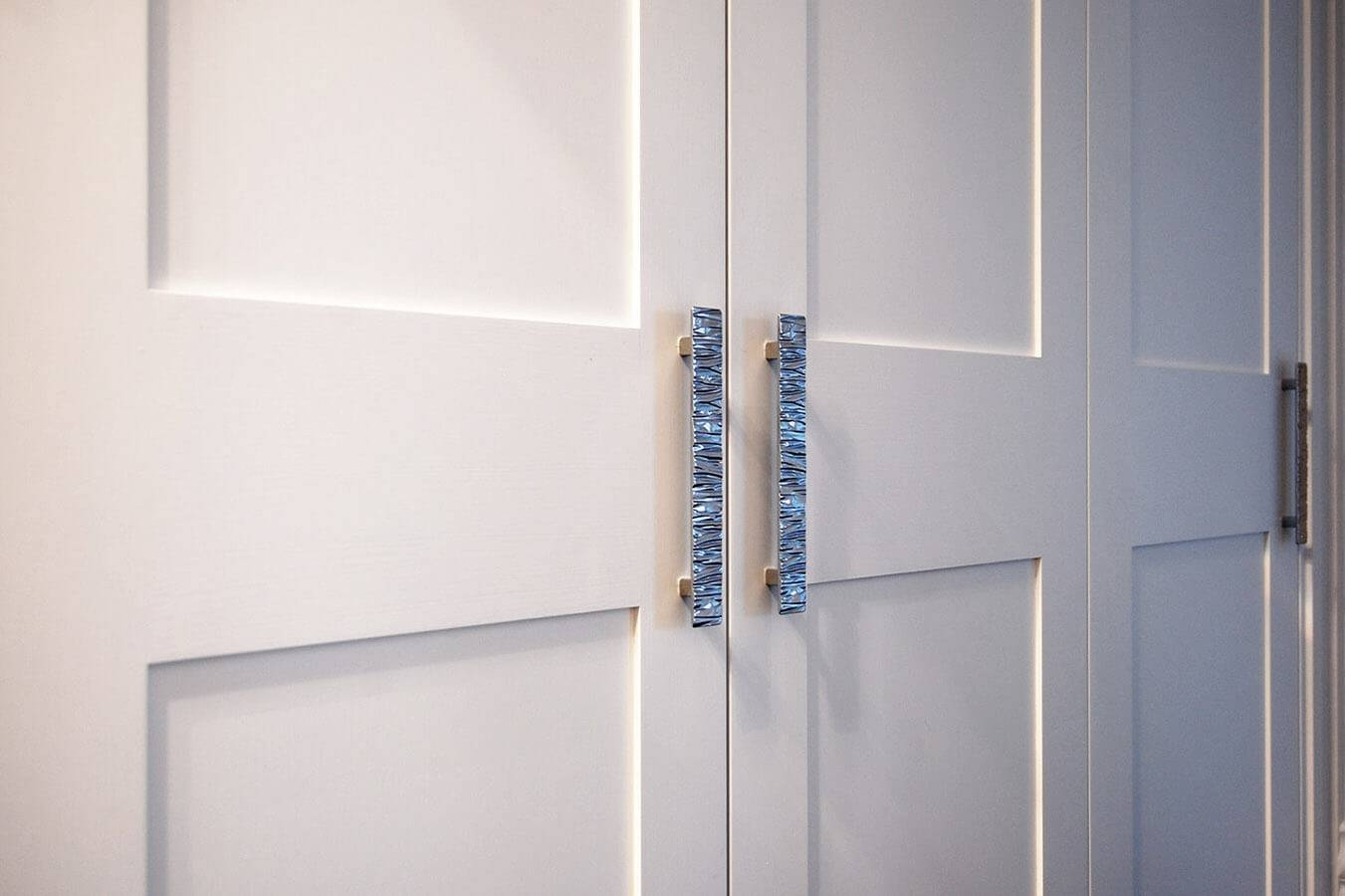 Fitted Bedrooms | Wardrobes, Beds And Chests Of Drawers throughout Curved Wardrobe Doors (Image 12 of 30)