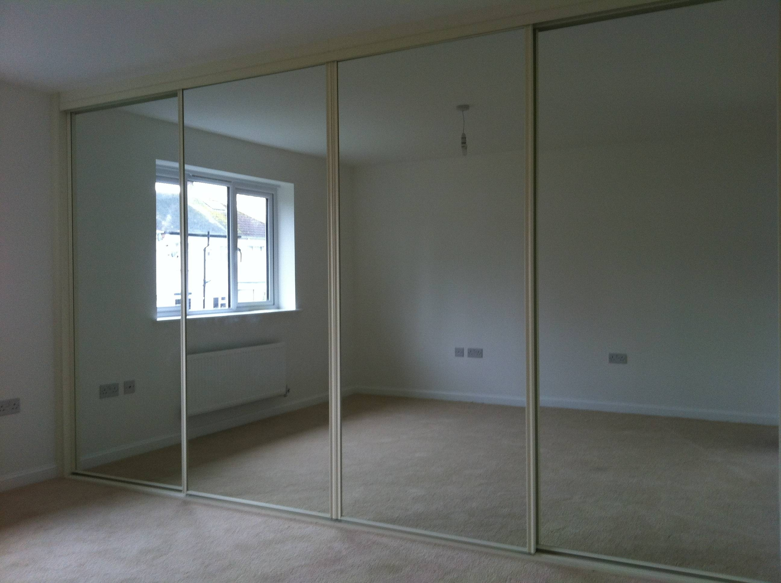 Fitted Mirror Wardrobes | Sliding Wardrobes with Mirror Wardrobes (Image 3 of 15)