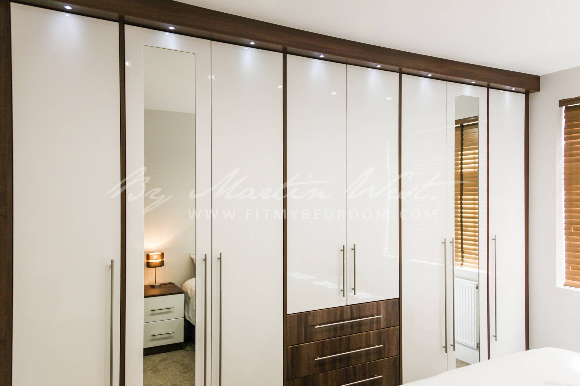 Fitted Wardrobes And Dressing Table - Fitted Wardrobes Ideas with regard to Wardrobes And Dressing Tables (Image 6 of 15)