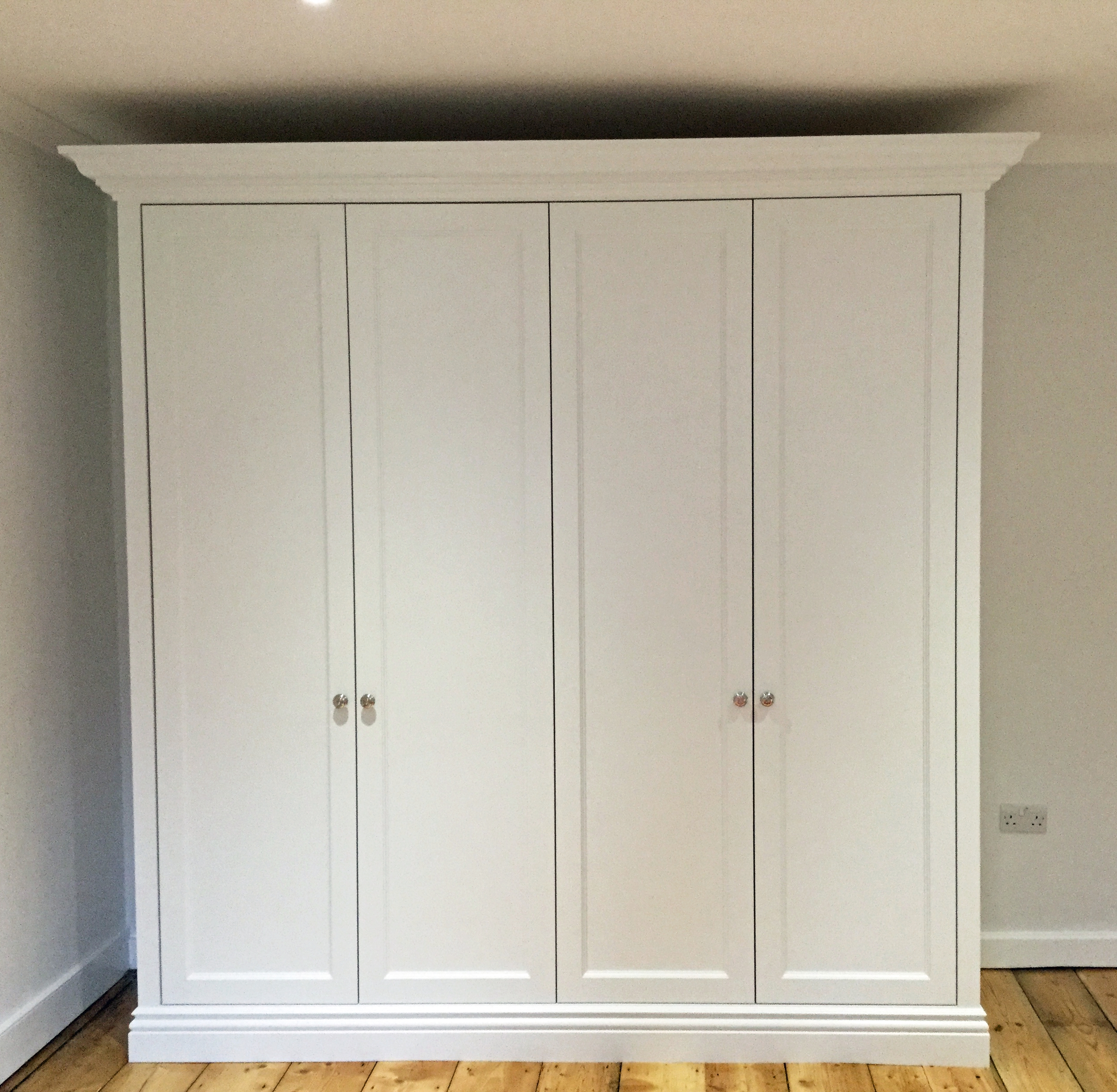 Fitted Wardrobes Bedfordshire - The Heritage Wardrobe Company with Painted Wardrobes (Image 4 of 15)