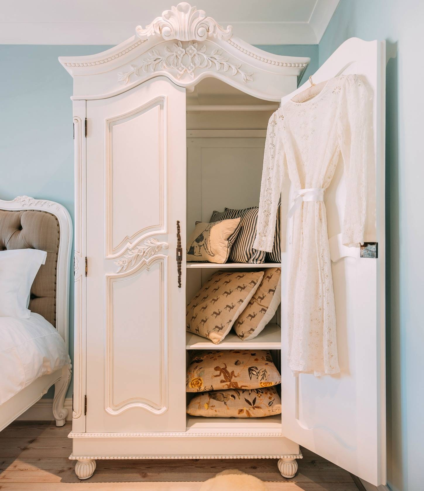 French White Hand Carved Double Armoire Wardrobe Furniture - La throughout French White Wardrobes (Image 8 of 15)