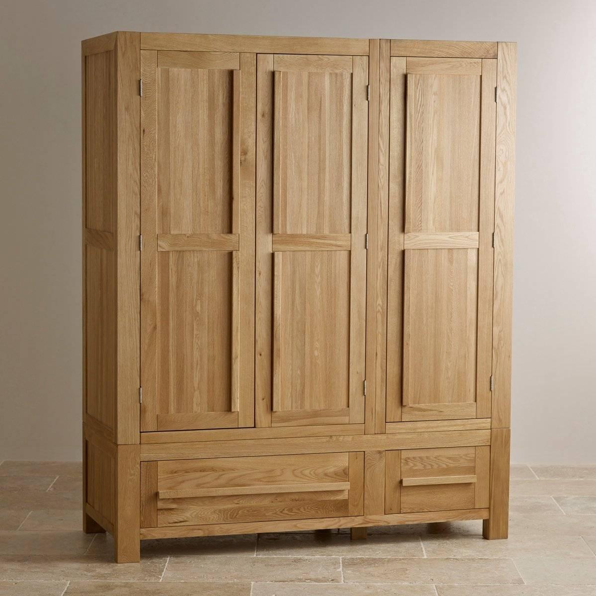 Fresco Natural Solid Oak Triple Wardrobe | Bedroom Furniture intended for Triple Oak Wardrobes (Image 4 of 15)