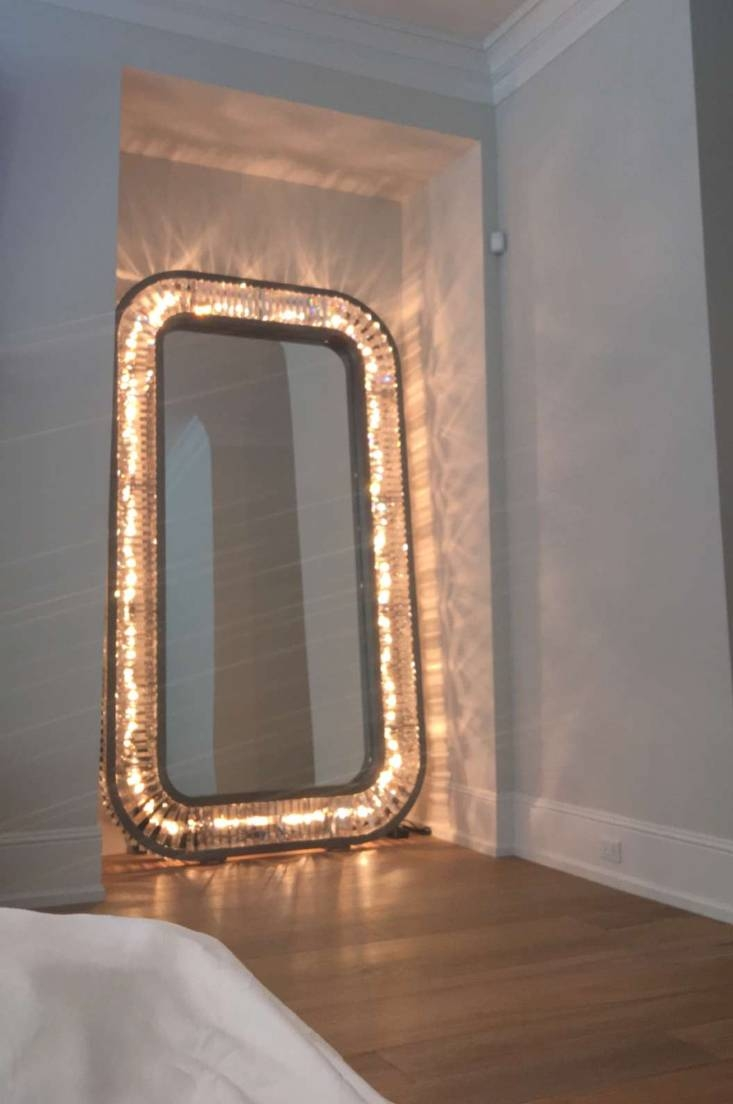Full Length Mirror With Lights 25 Cool Ideas For Best Full Length regarding Full Length Large Mirrors (Image 16 of 25)