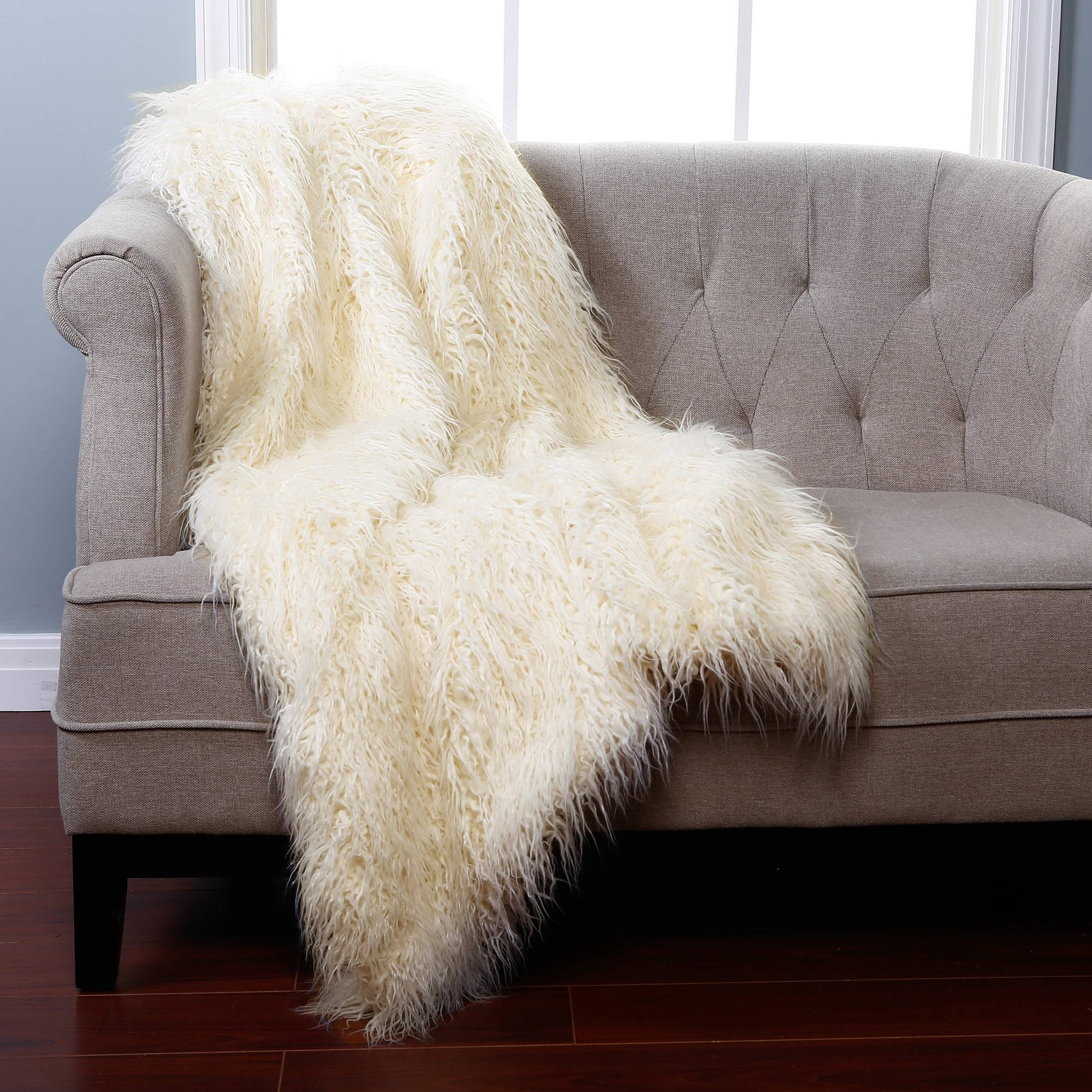 Furniture: Awesome Faux Fur Throw For Your Home Accessories for Throws for Sofas and Chairs (Image 8 of 15)