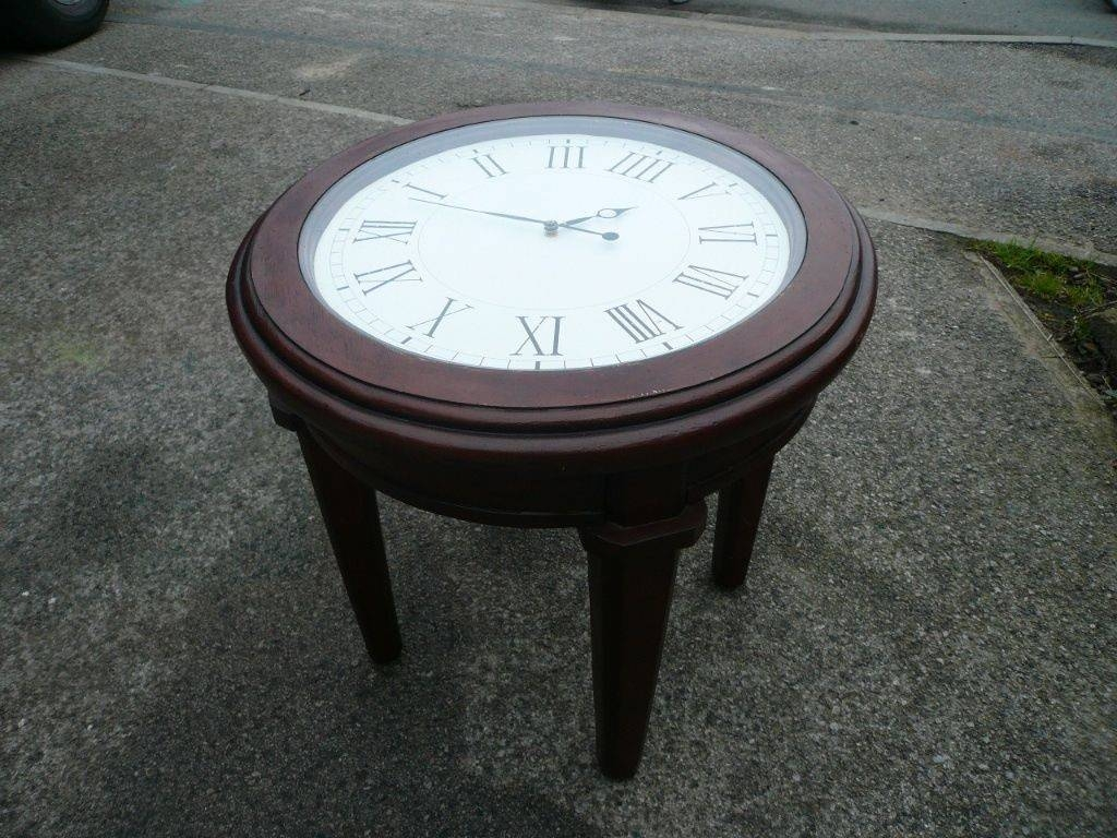 Furniture. Clock Coffee Table Design Ideas: Brown And White Round in Coffee Tables With Clock Top (Image 23 of 30)