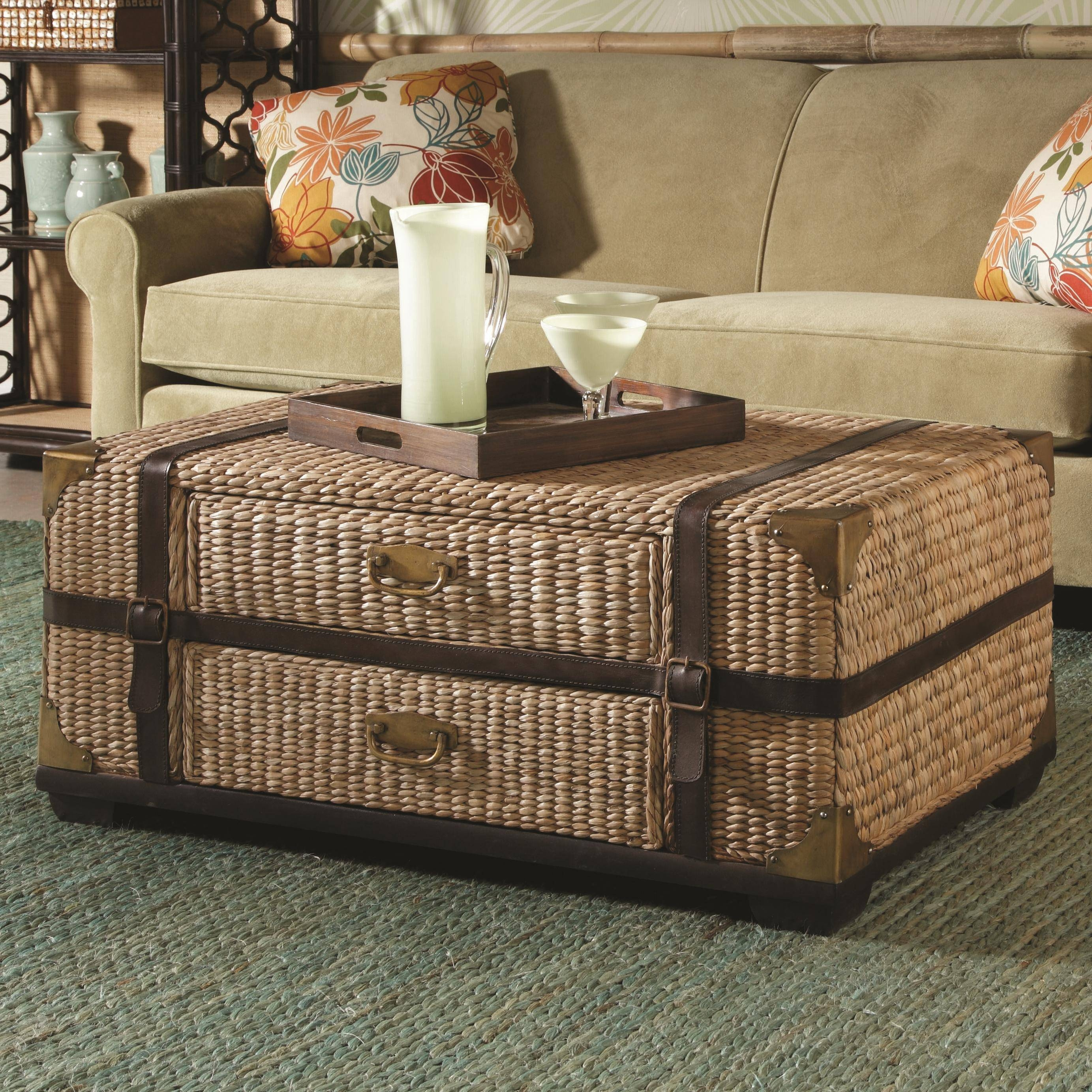 Furniture: Trunk End Table Vintage Chest Coffee Table Wooden within Trunk Chest Coffee Tables (Image 16 of 30)