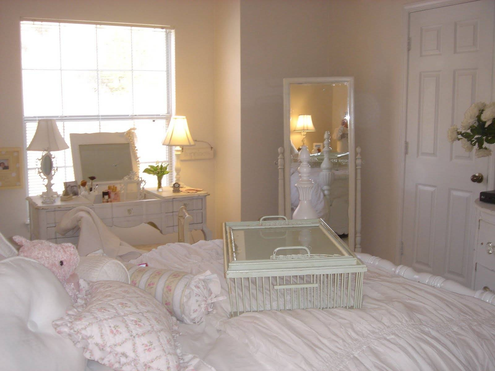 Furniture: White Frame Leaner Mirror With Dresser And Cream Wall regarding Cream Ornate Mirrors (Image 7 of 25)