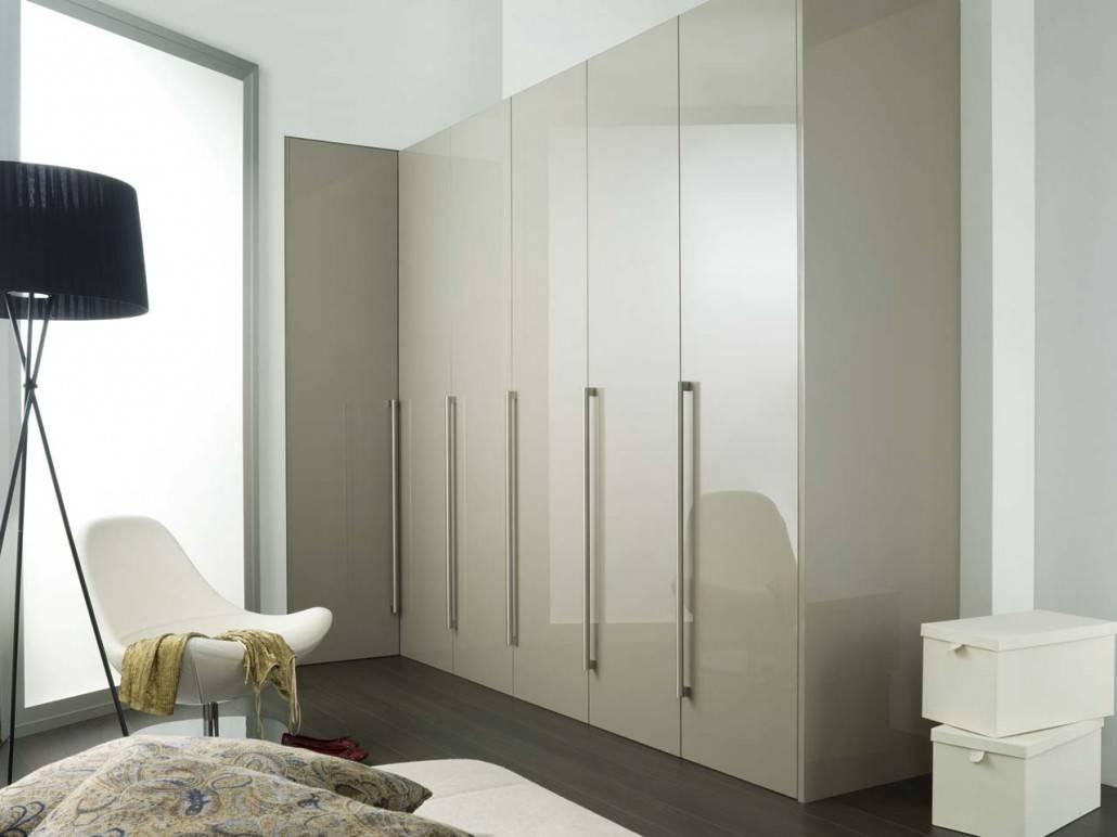 High Gloss White Sliding Wardrobe Doors - Saudireiki with High Gloss White Wardrobes (Image 3 of 15)