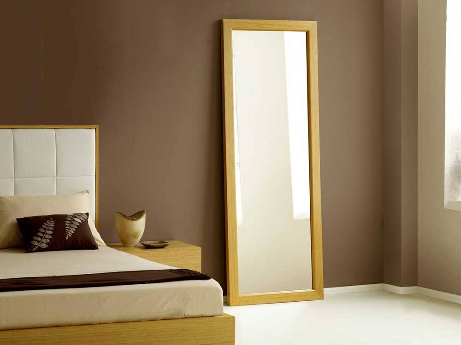 Homeware: Full Length Mirror On A Stand | Floor Length Wall with regard to Long Length Mirrors (Image 16 of 25)