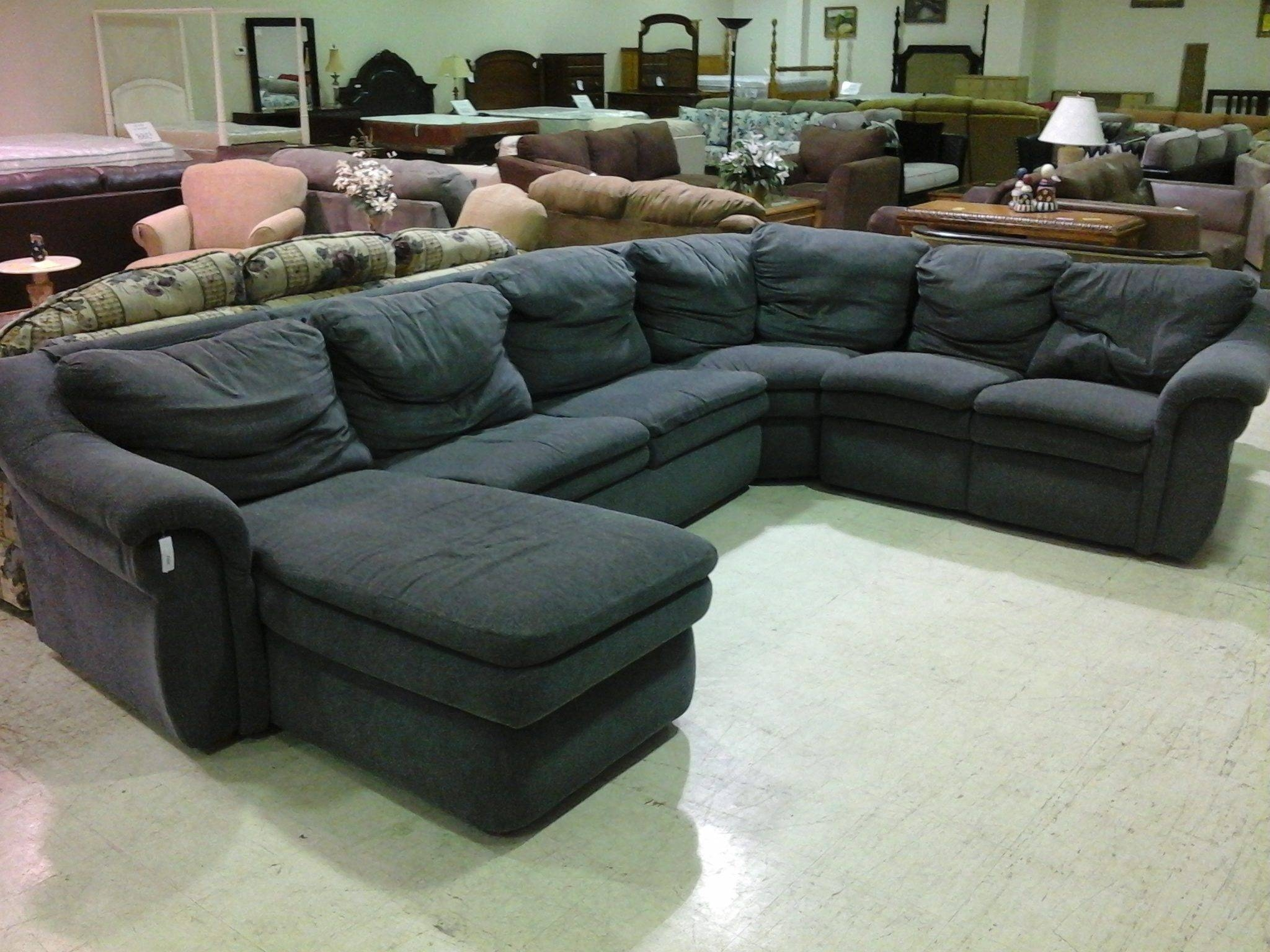 Interior: Appealing L Shaped Sleeper Sofa For Your Living Room within L Shaped Sectional Sleeper Sofa (Image 14 of 25)