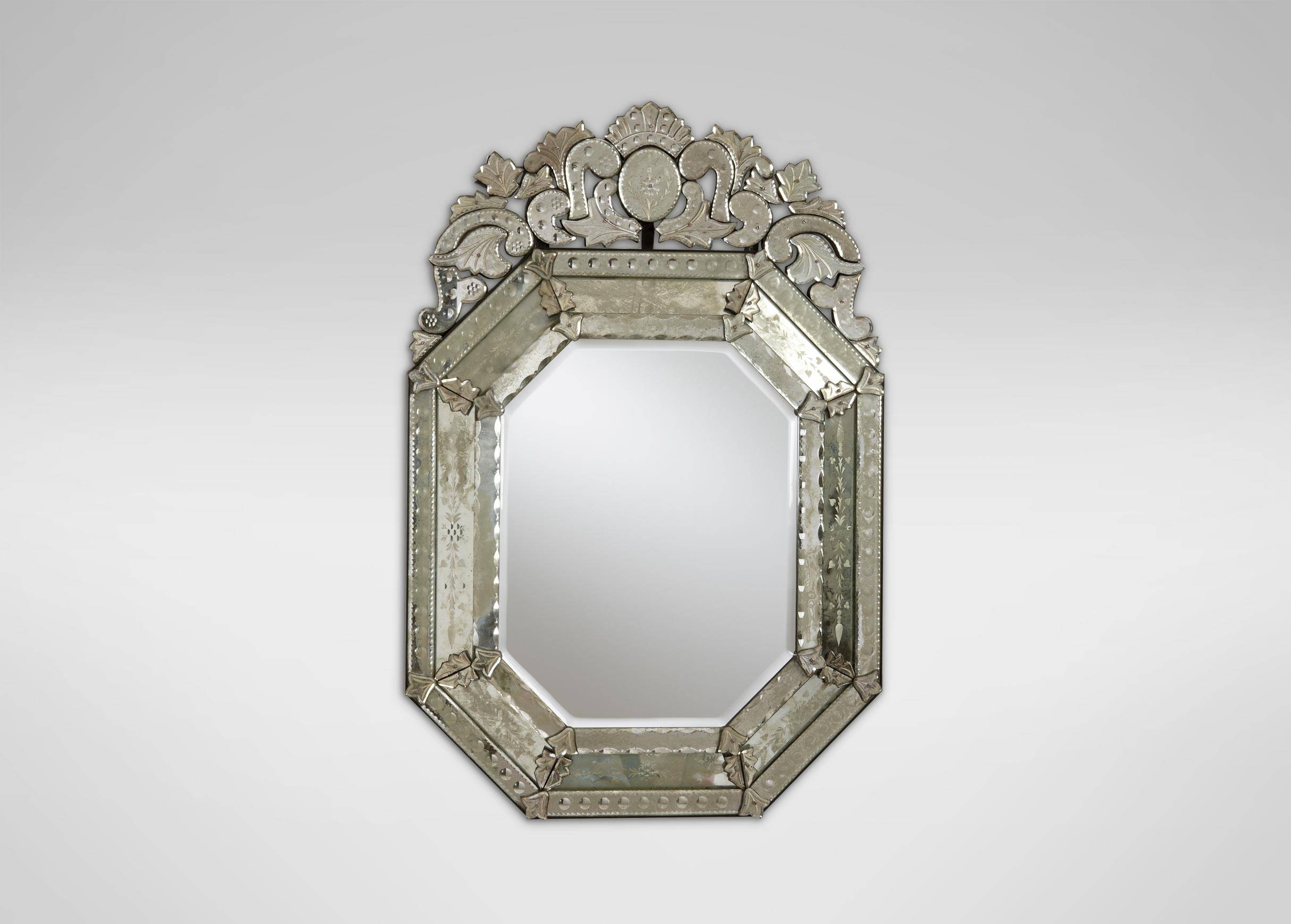 Interior: Vintage Venetian Mirror For Classic Interior Decor pertaining to Venetian Tray Mirrors (Image 13 of 25)