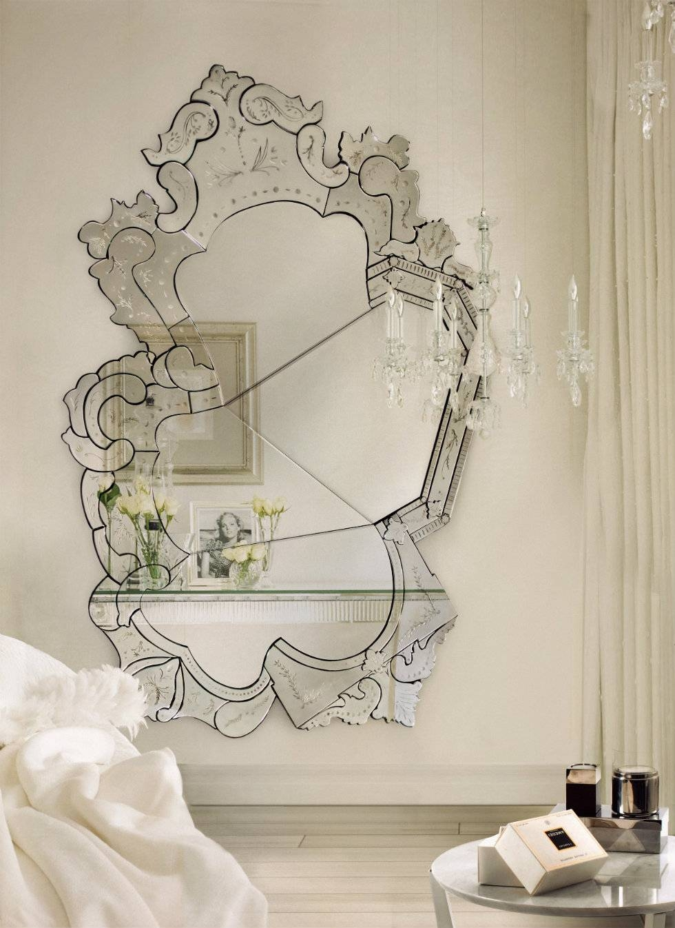 Interior: Vintage Venetian Mirror For Classic Interior Decor with Extra Large Sunburst Mirrors (Image 14 of 25)