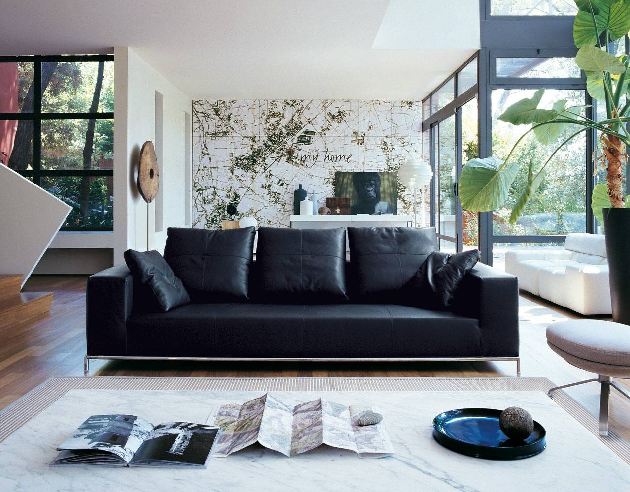 Just Chill & Be Relax On Luxury Leather Sofa within White and Black Sofas (Image 18 of 30)