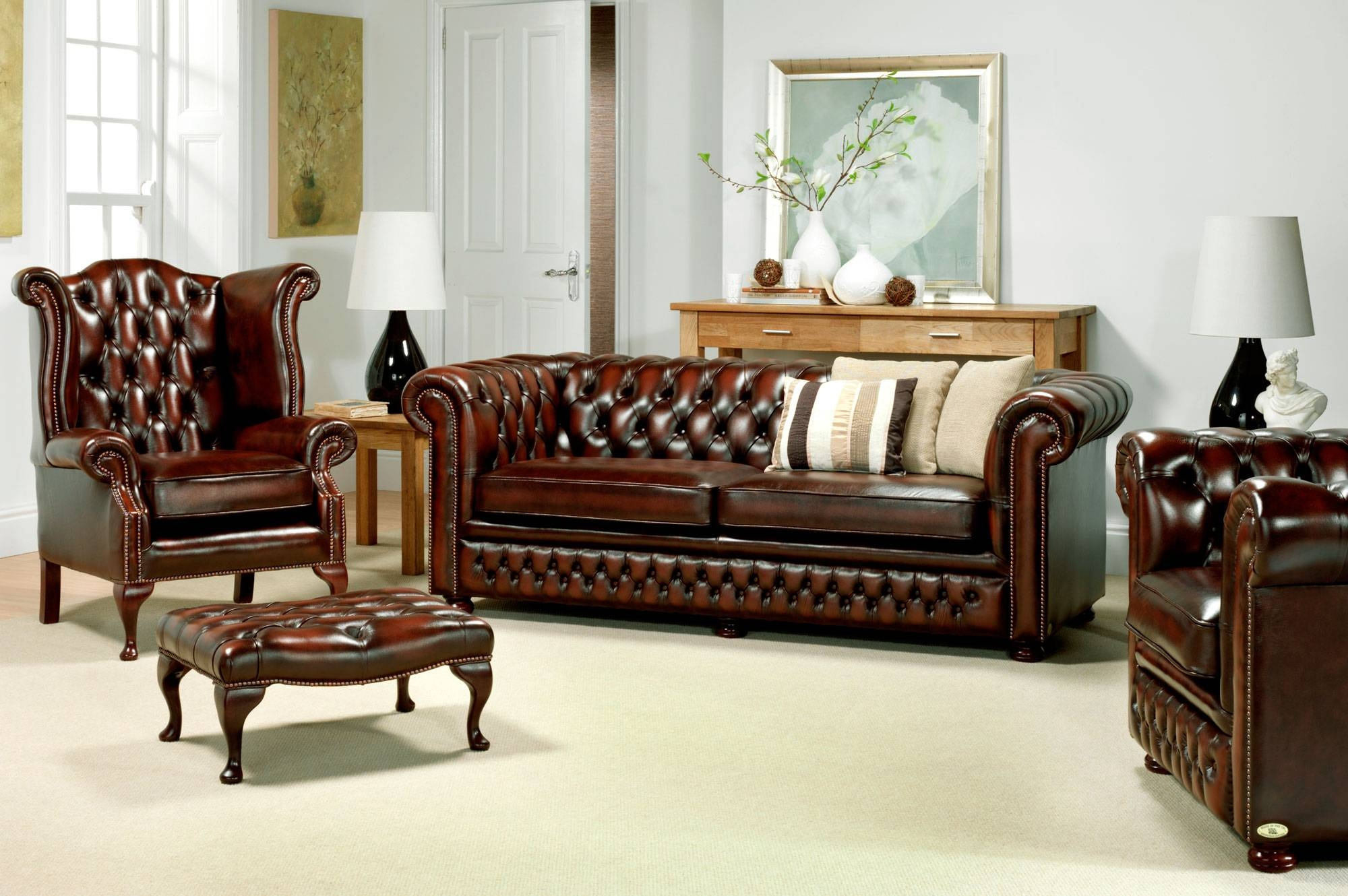 Leather Chesterfield Sofa Ideas For Home New Lighting within Small Chesterfield Sofas (Image 12 of 30)