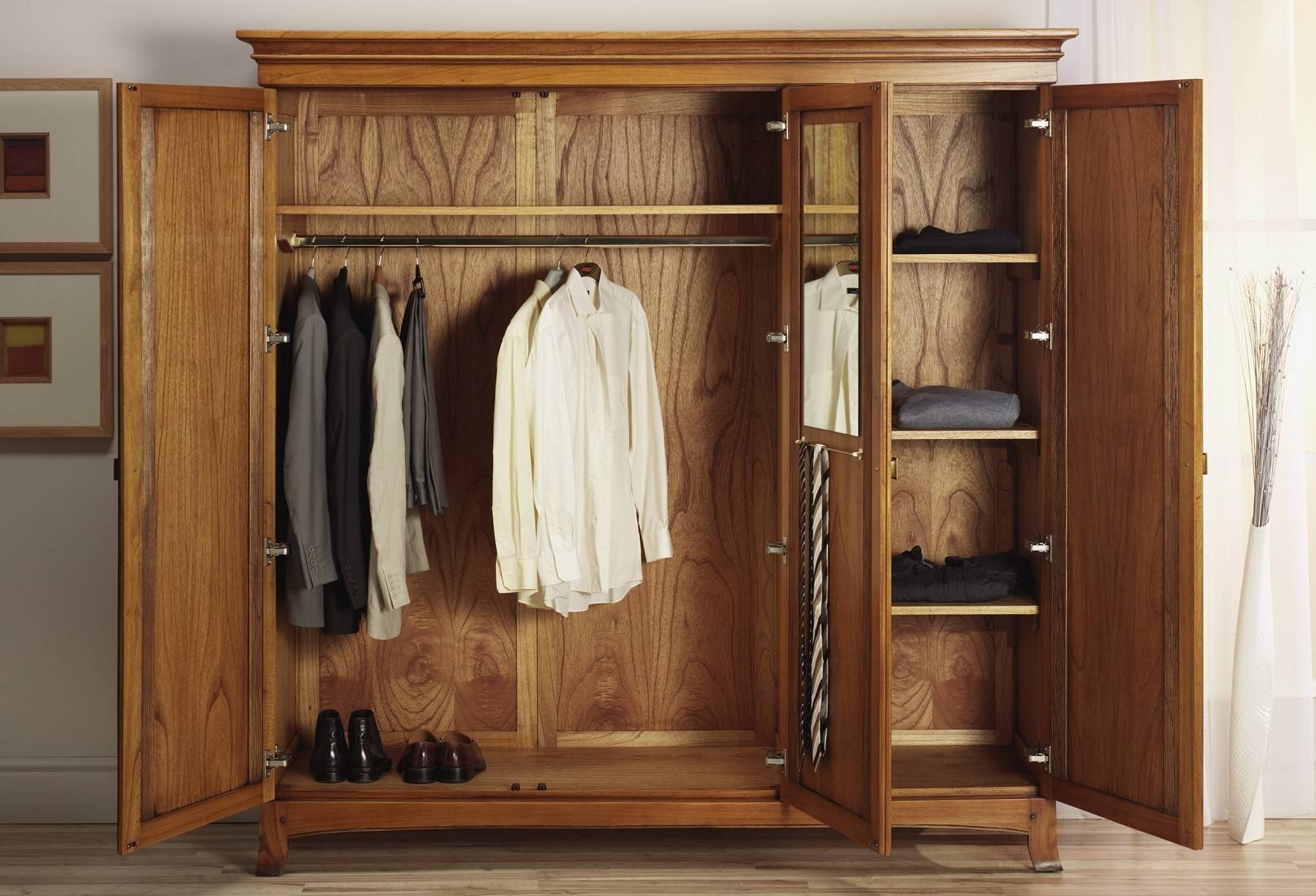 Lincoln Solid Ash 3 Door Triple Wardrobe | Oak Furniture Uk With Regard To Oak Wardrobe With Drawers And Shelves (View 10 of 30)