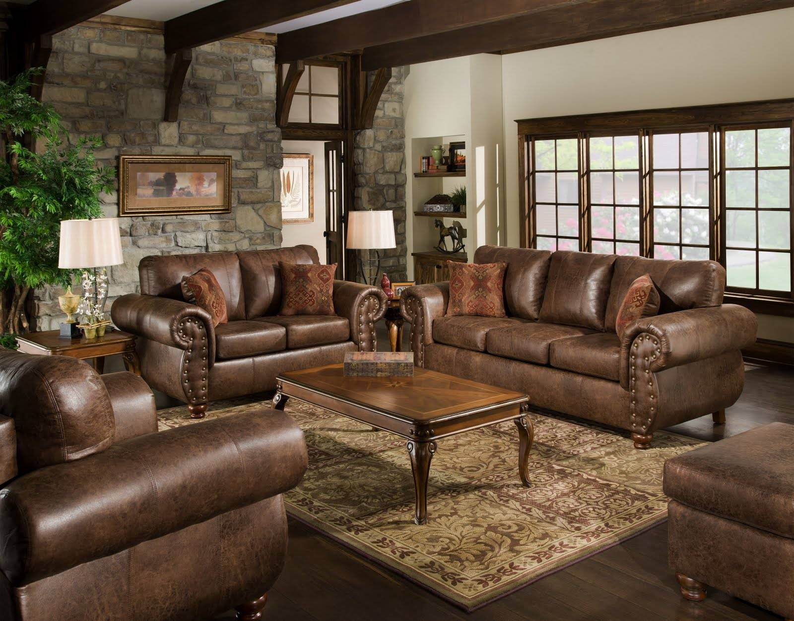 Living Room Traditional Ideas With Leather Sofas | Navpa2016 within Traditional Leather Couch (Image 15 of 30)