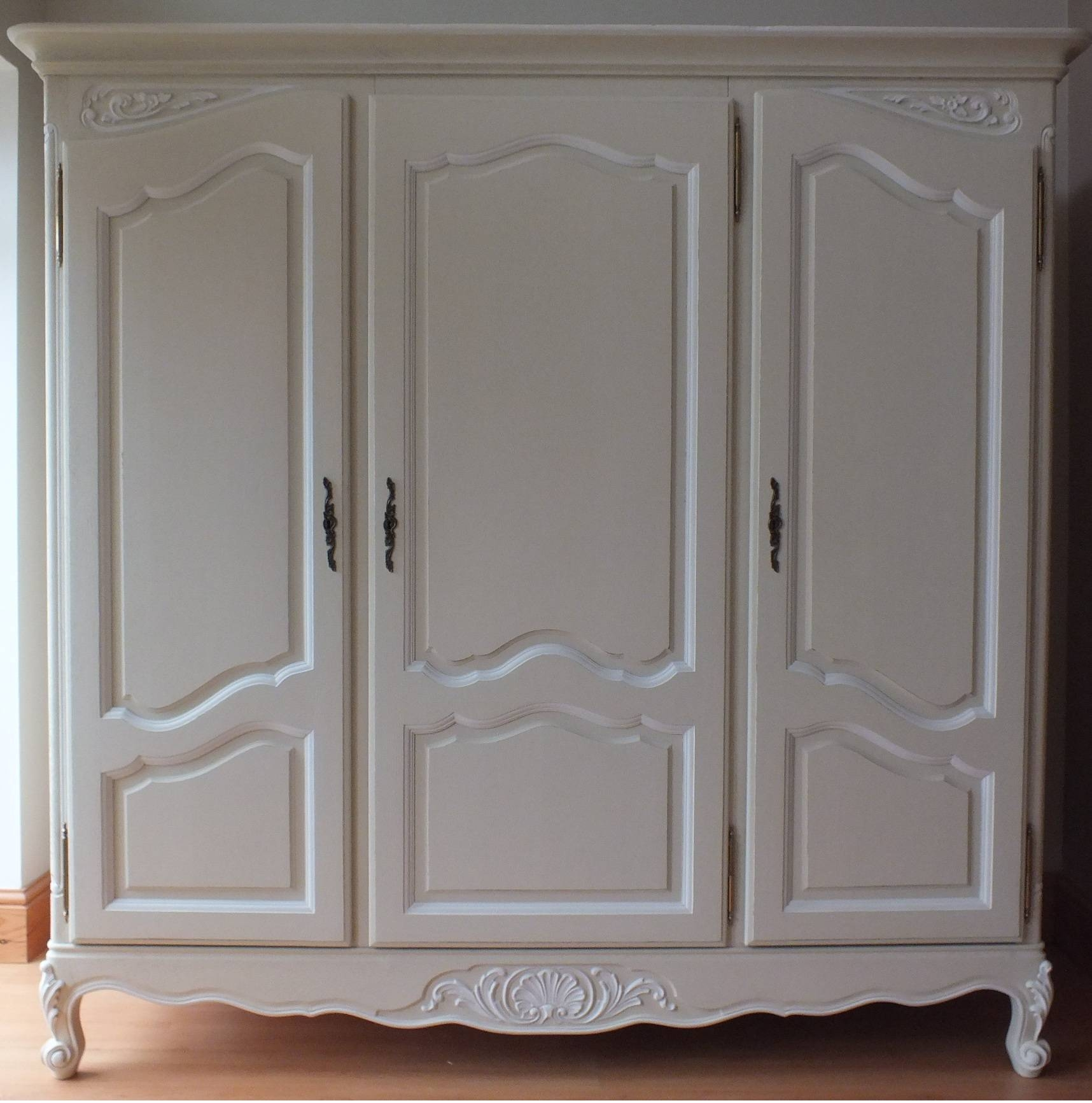 2018 Best Of 3 Door French Wardrobes