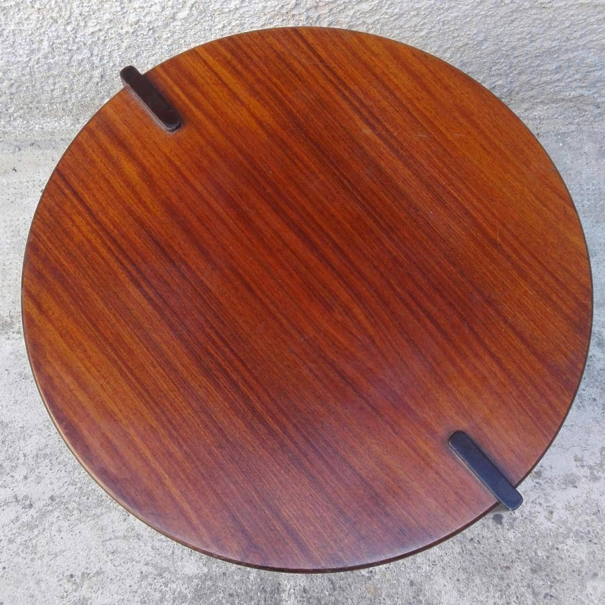 Mid-Century Italian Round Rosewood Coffee Table For Sale At Pamono regarding Round Red Coffee Tables (Image 16 of 30)