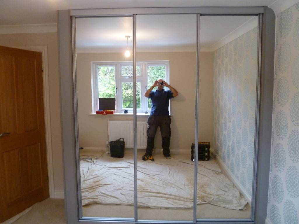 Mirrored Door Wardrobe Designs Nottingham, Sliding Doors Wardrobes throughout Double Wardrobes With Mirror (Image 9 of 15)