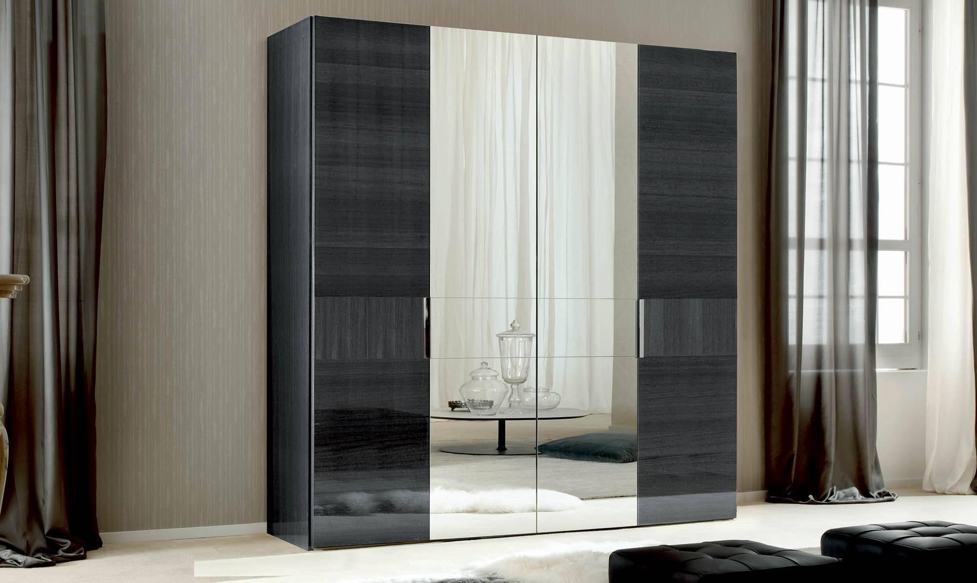Mirrored Door Wardrobe & Sliding in 4 Door Mirrored Wardrobes (Image 11 of 15)