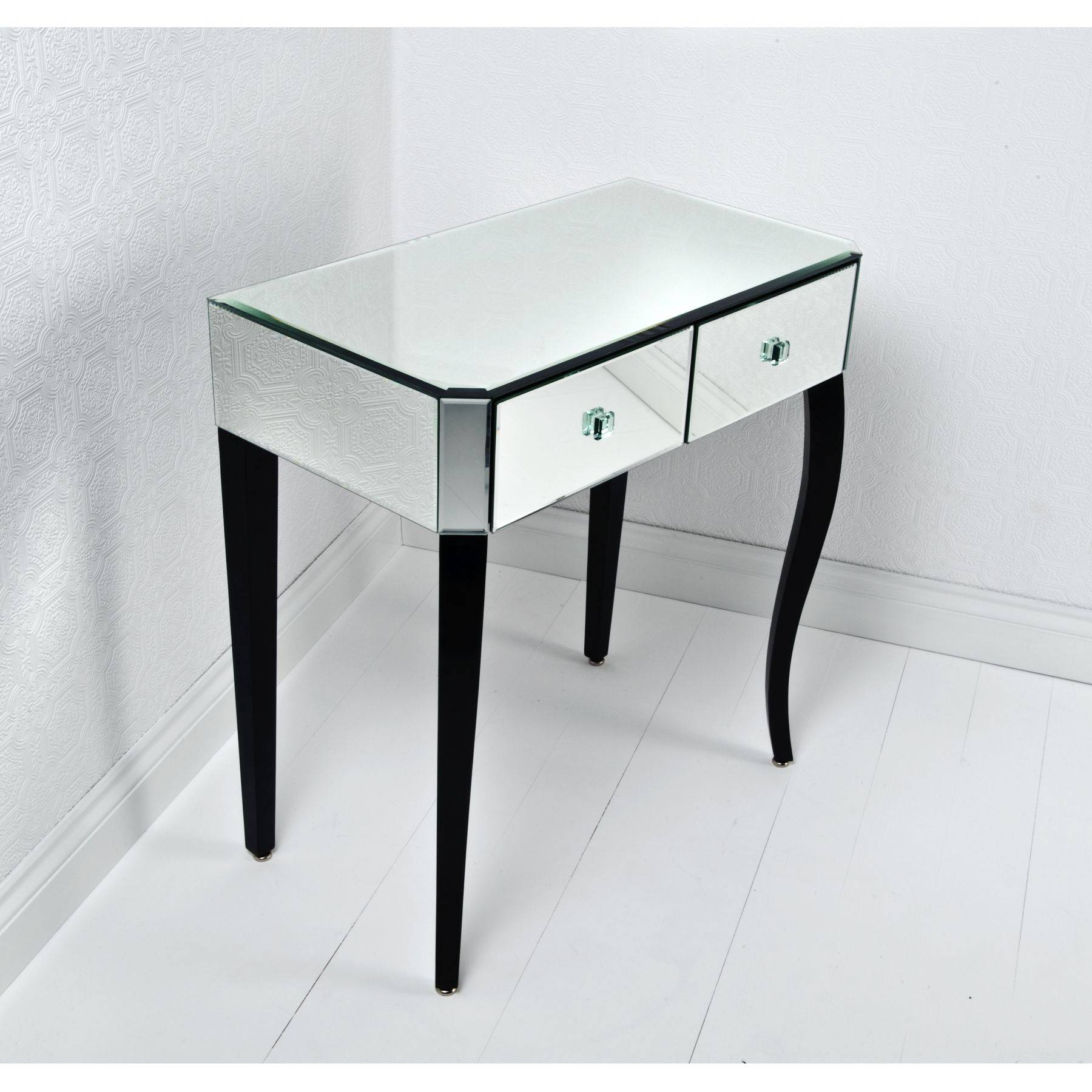 Mirrored Table Comes With Luxury And Elegant Look | Home Furniture with regard to Small Table Mirrors (Image 12 of 25)