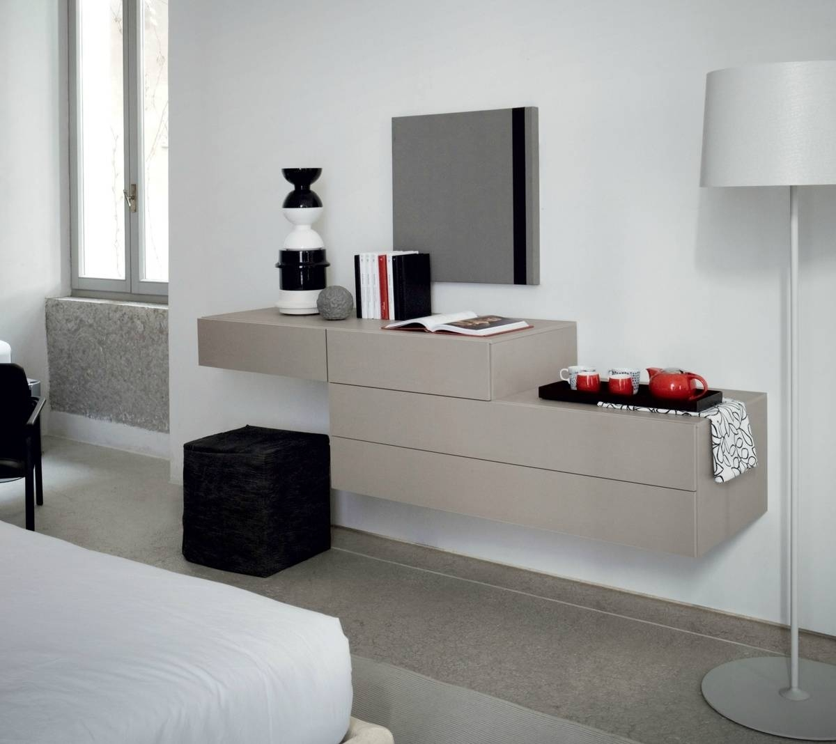 Modern Dressing Tables | Classic Dressing Tables With Mirrors Regarding Contemporary Dressing Table Mirrors (View 23 of 25)